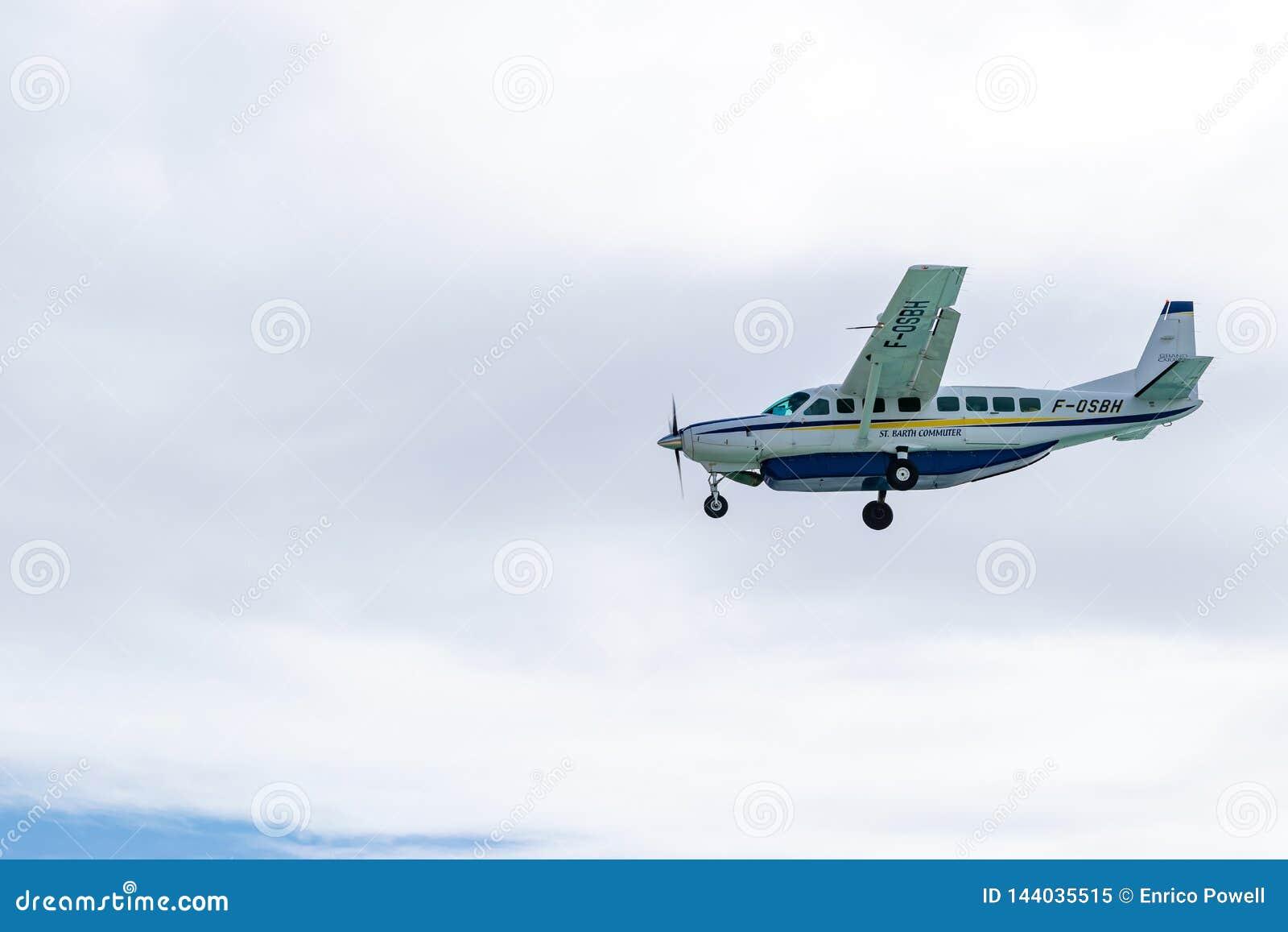 Avions de banlieusard de St Barth F-OSBH, une avion de ligne régionale de caravane grande de Cessna 208B