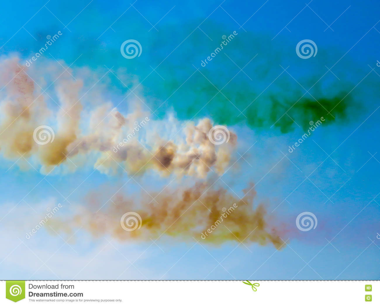 Avions de fumée de tricolori Flèches de Tirrenia, Pise, Italie, Septem