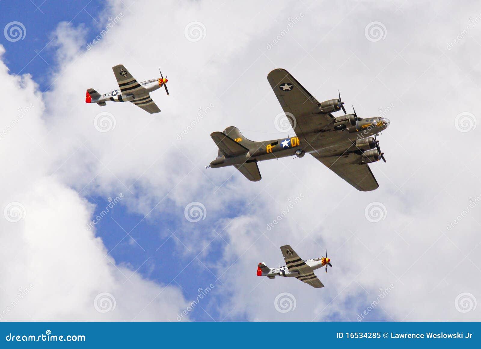 Avions de la deuxième guerre mondiale - chasseurs et bombardier