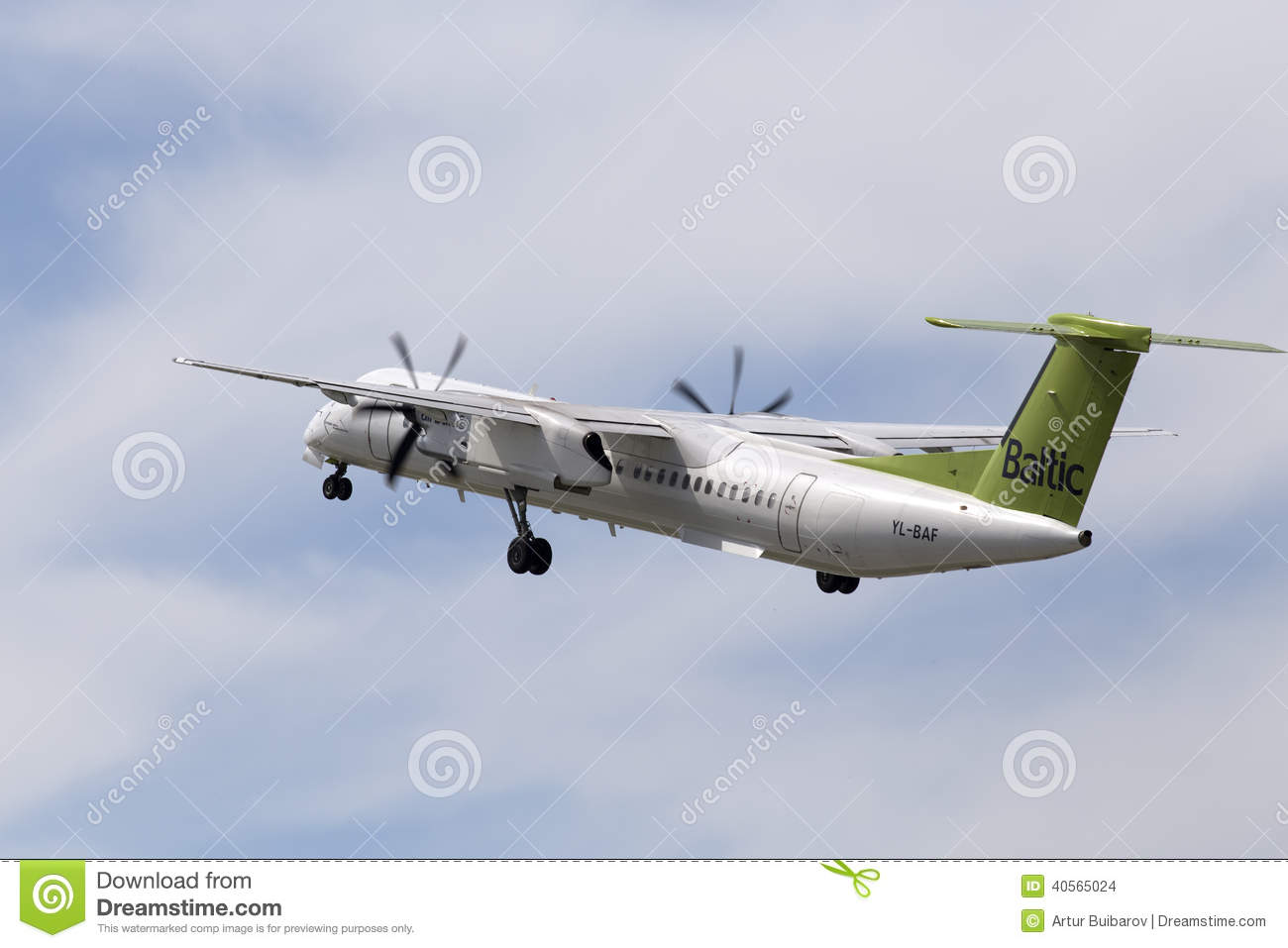 avions du tiret 8 du canada dhc 8 402q d 39 airbaltic de havilland image stock ditorial image du. Black Bedroom Furniture Sets. Home Design Ideas