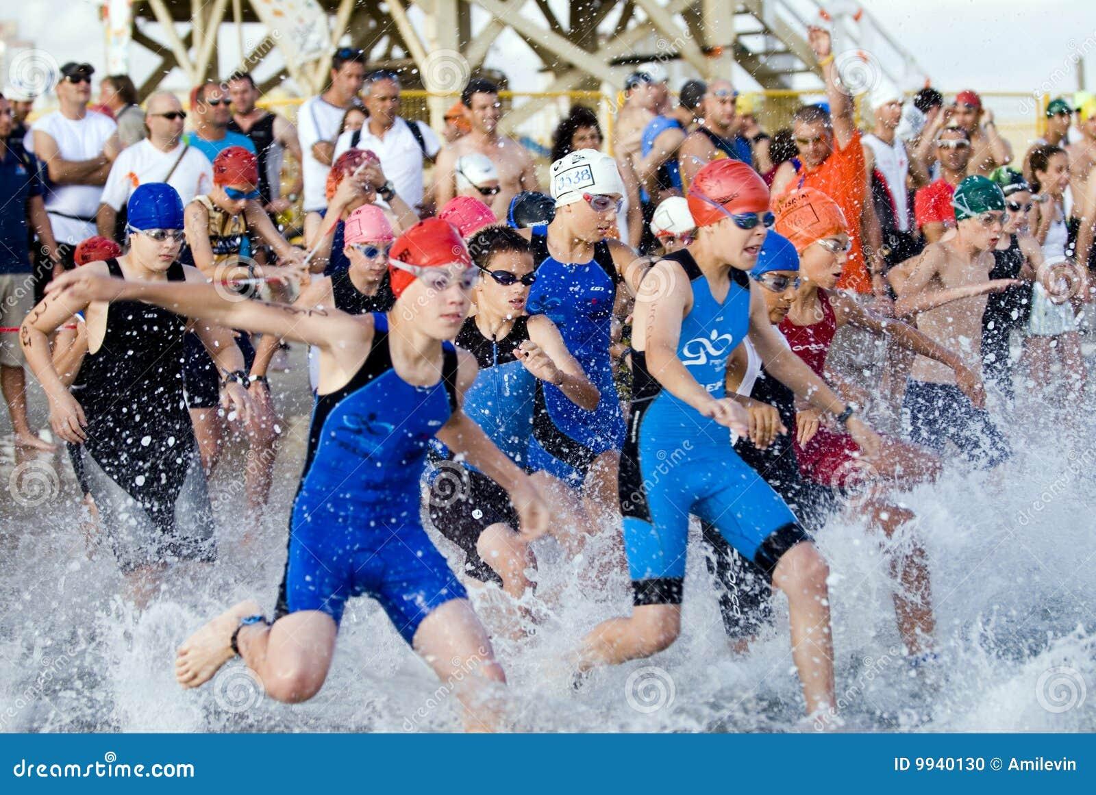 Aviv lurar telefon-triathlon