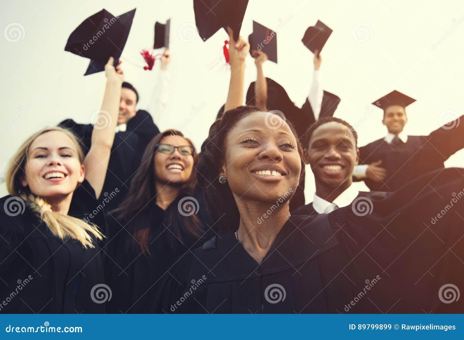 Avläggande av examenprestationstudent School College Concept