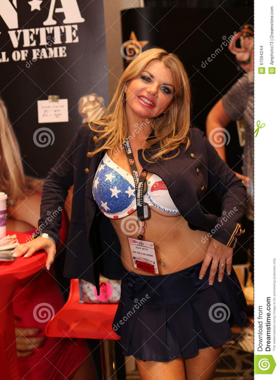 image Strip show erotic expo
