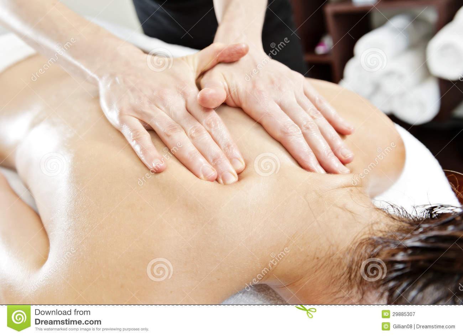 Ayurverdic behandling, massage