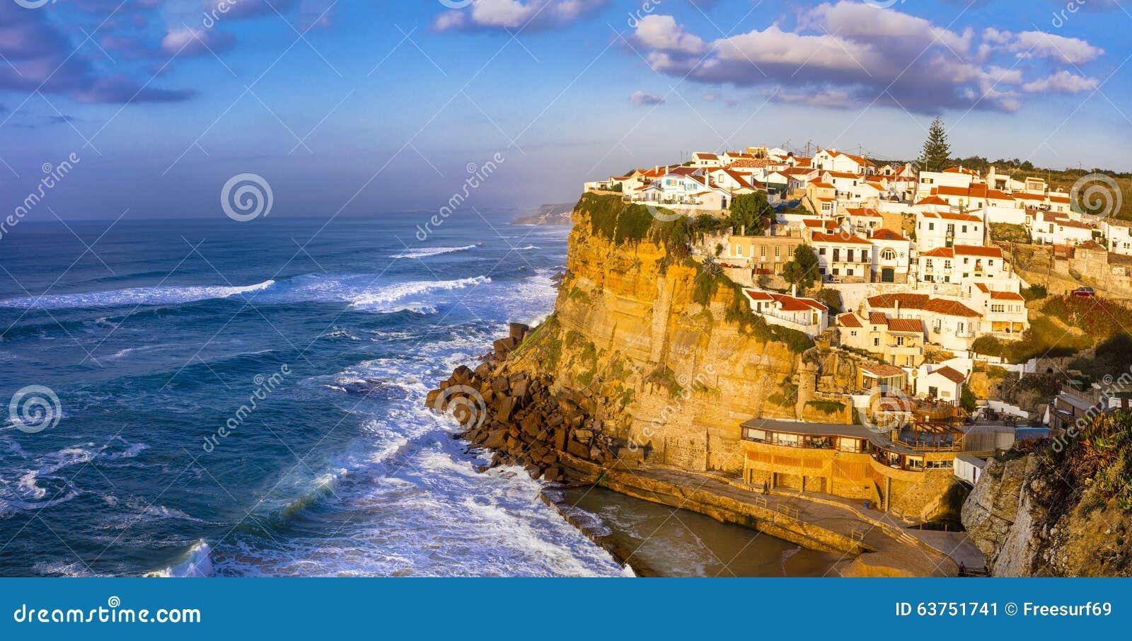 Azenhas troublent - le beau village du Portugal
