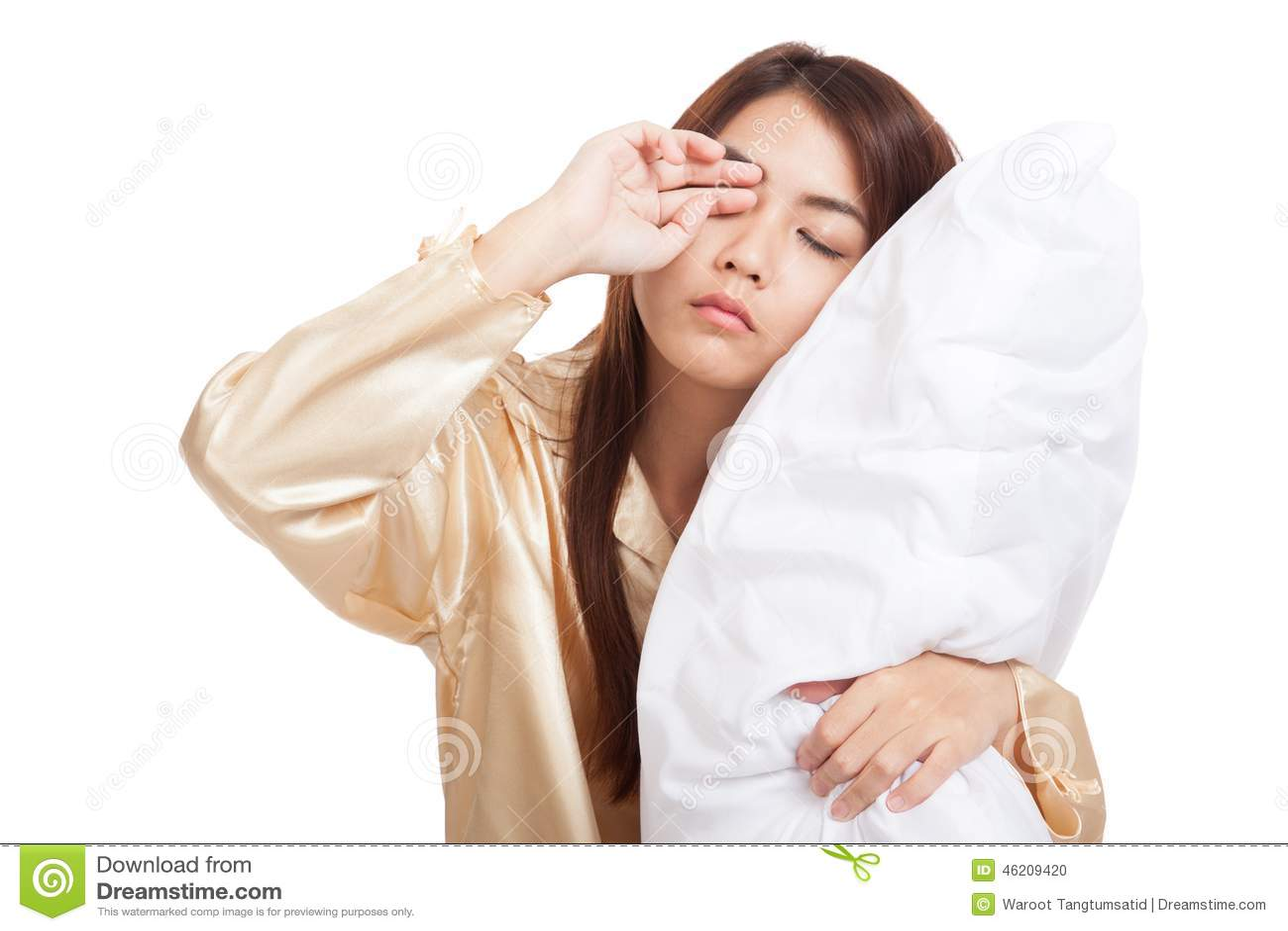 Aziatisch meisjeskielzog omhoog slaperig en slaperig met hoofdkussen