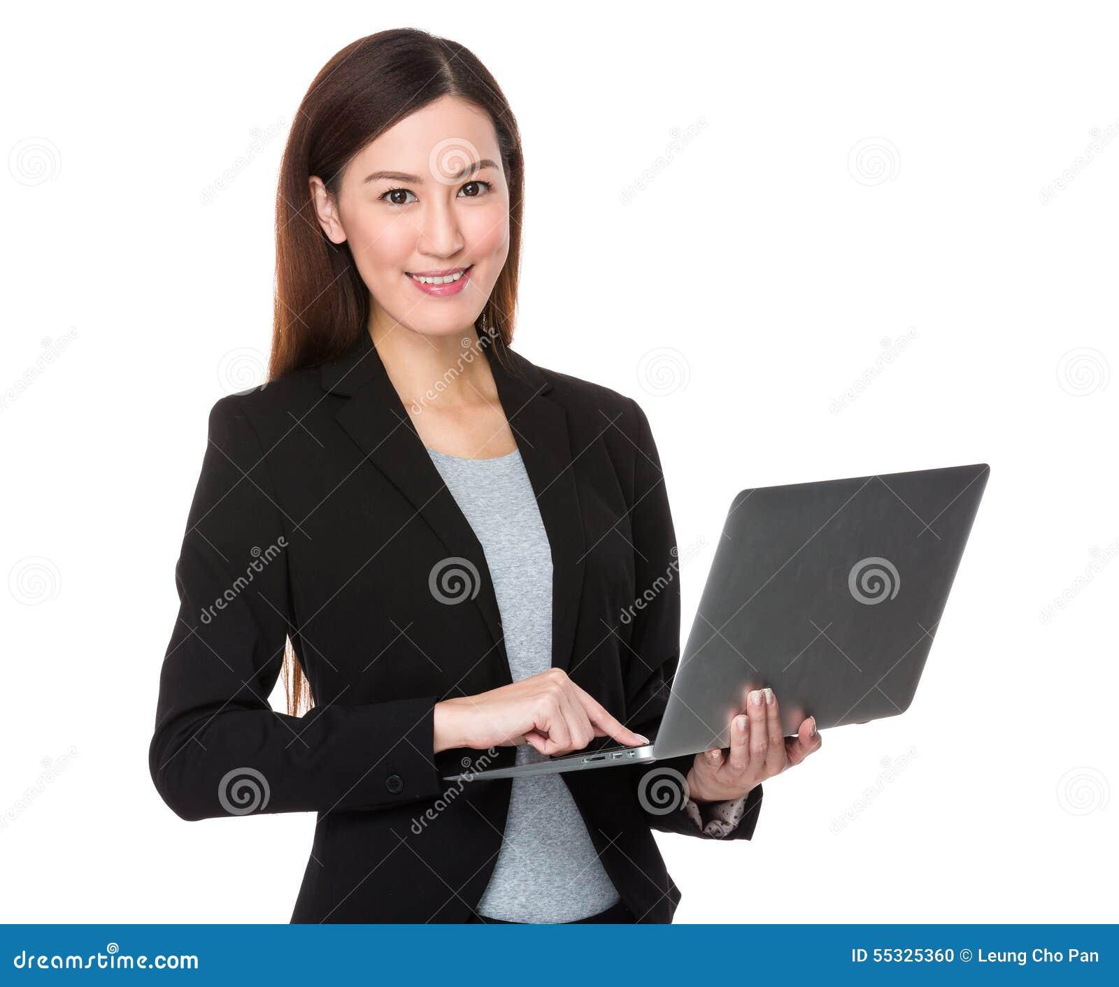 Aziatisch onderneemstergebruik van laptop computer stock foto afbeelding 55325360 - Secretaresse witte ...