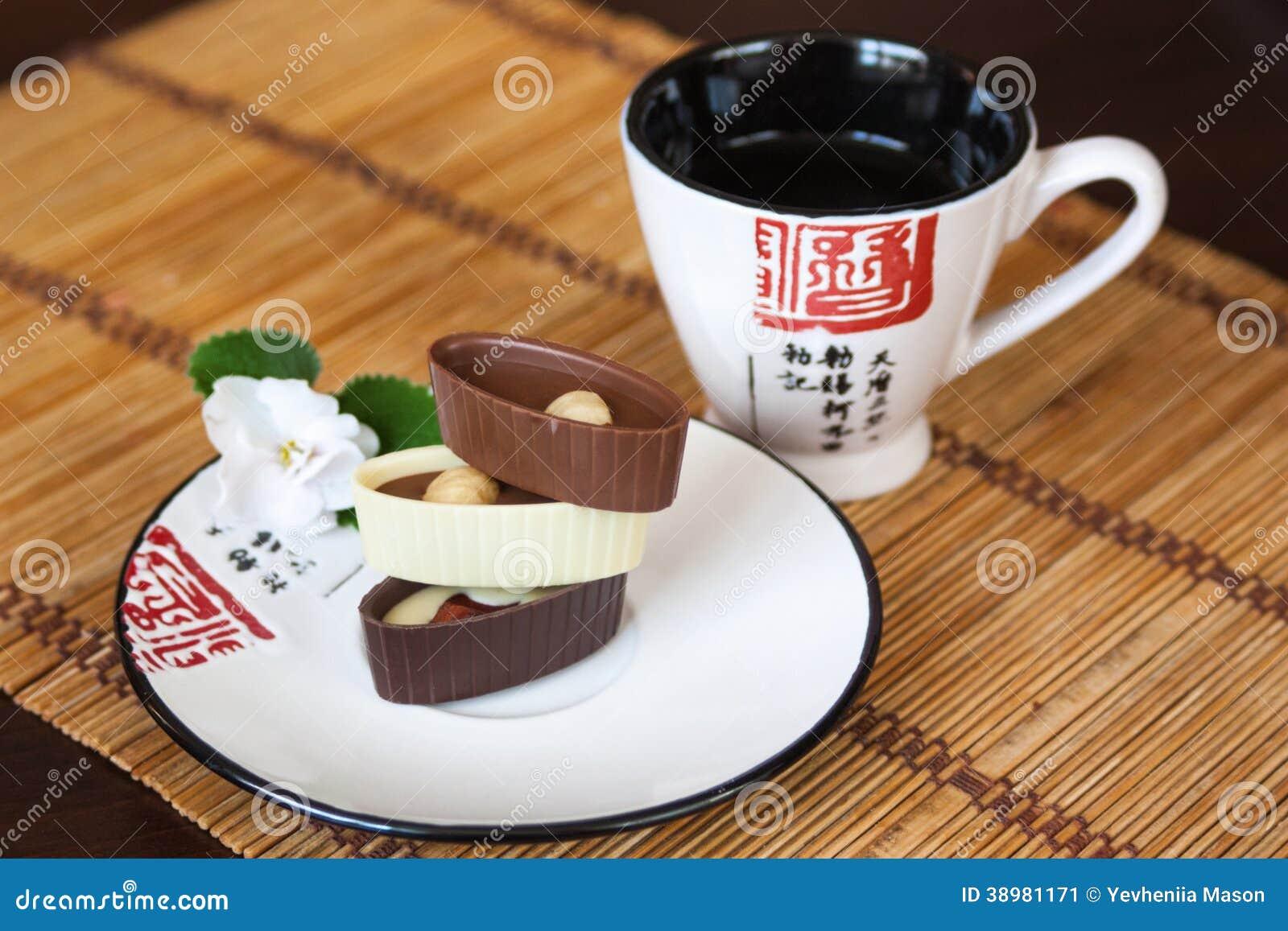 Aziatische thee en snoepjes