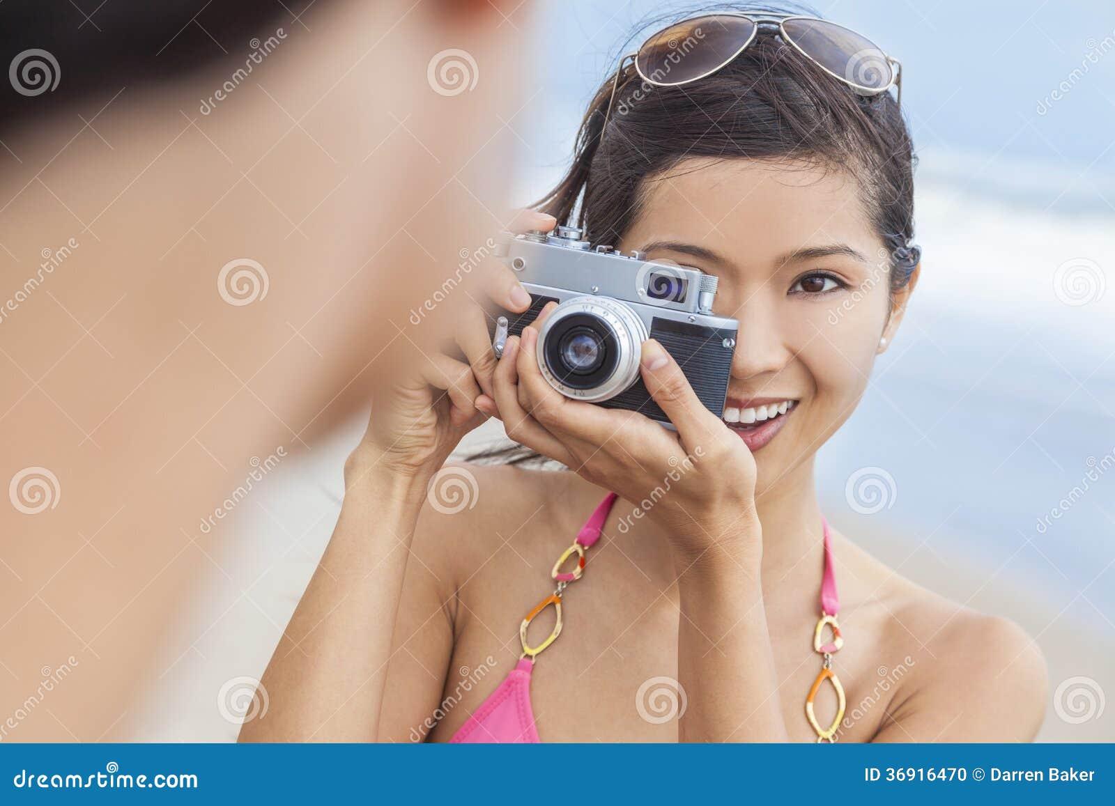 Azjatycka Chińska kobiety dziewczyna Z Retro kamerą