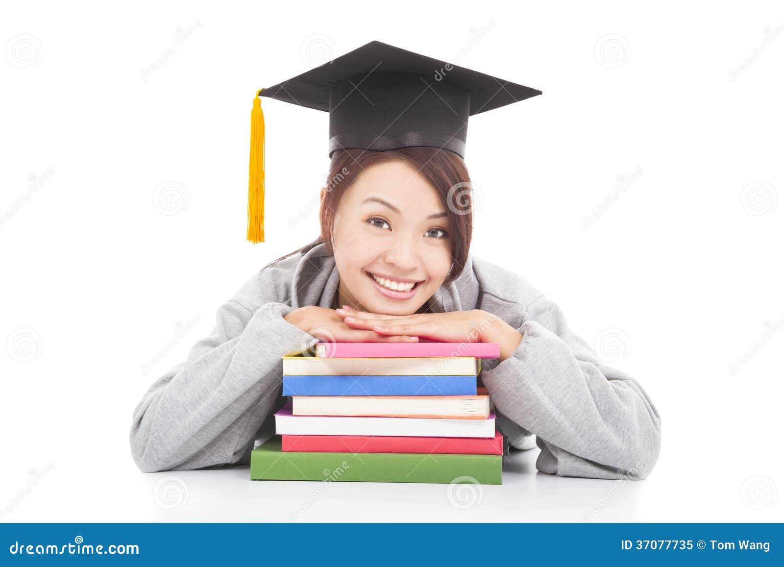 Download Azjatycki Uśmiechnięty Studencki Opierać Na Brogować Książkach Obraz Stock - Obraz złożonej z dyplom, dziewczyna: 37077735