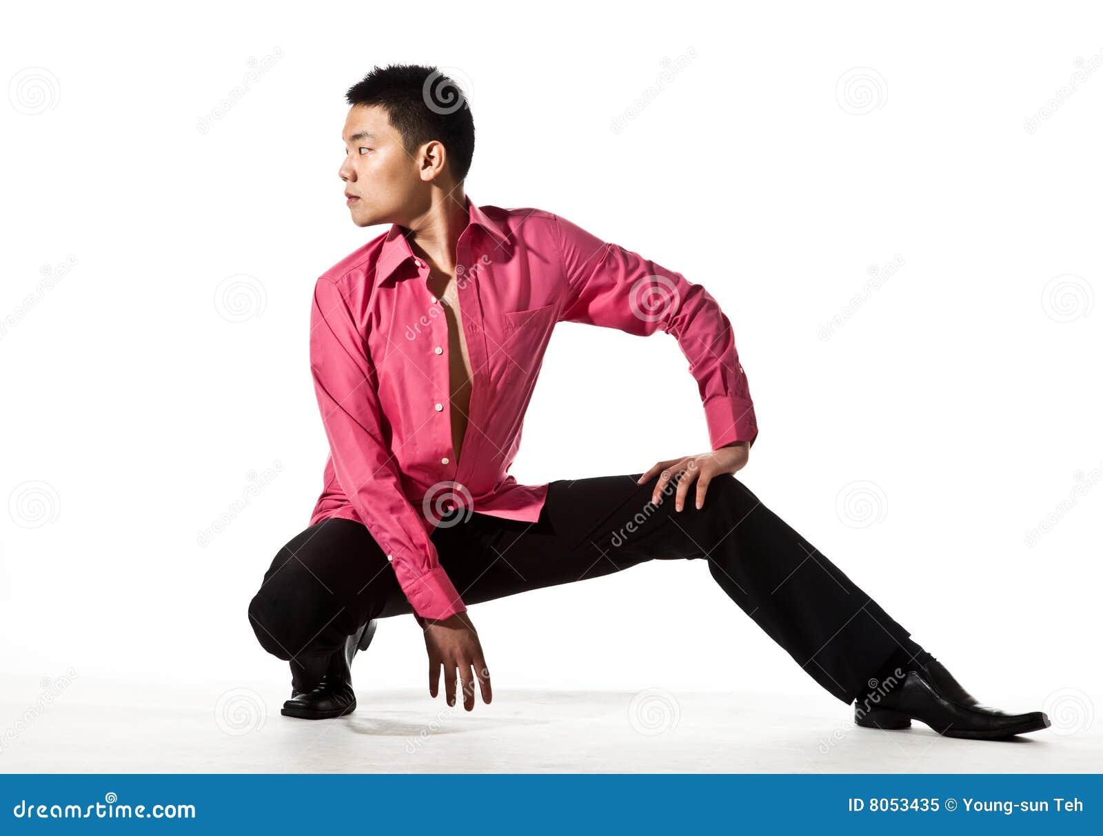 Azjatykciego ubioru mężczyzna eleganccy potomstwa