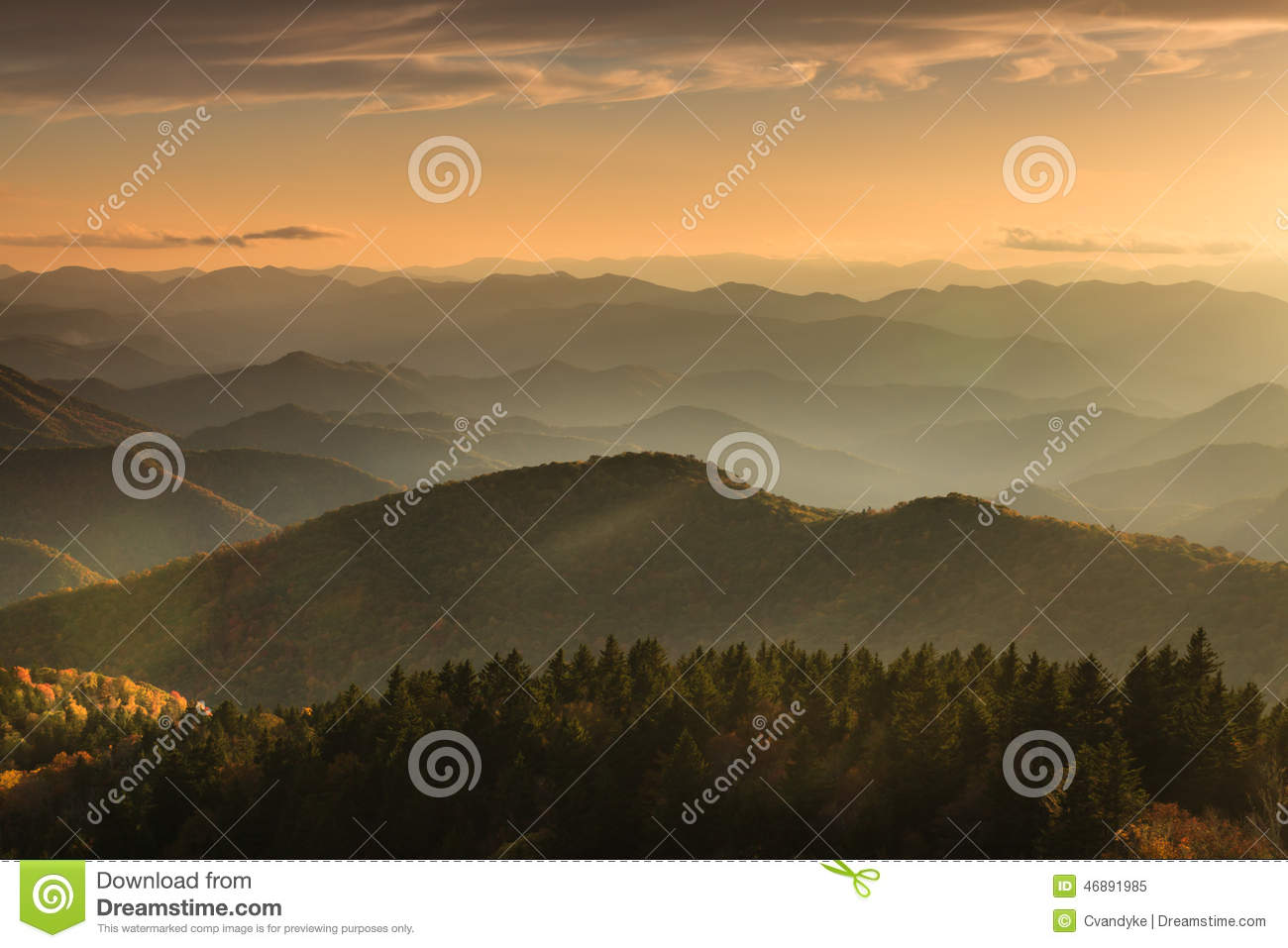 Azul Ridge Mountains North Carolina do nascer do sol