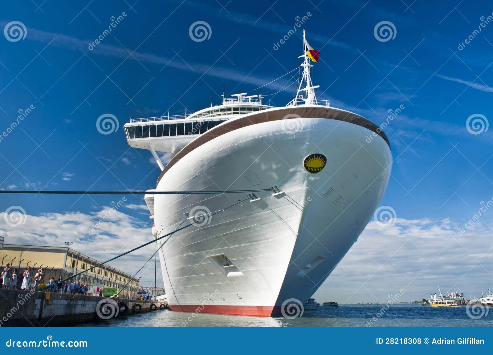 how to avoid norovirus on cruise ships