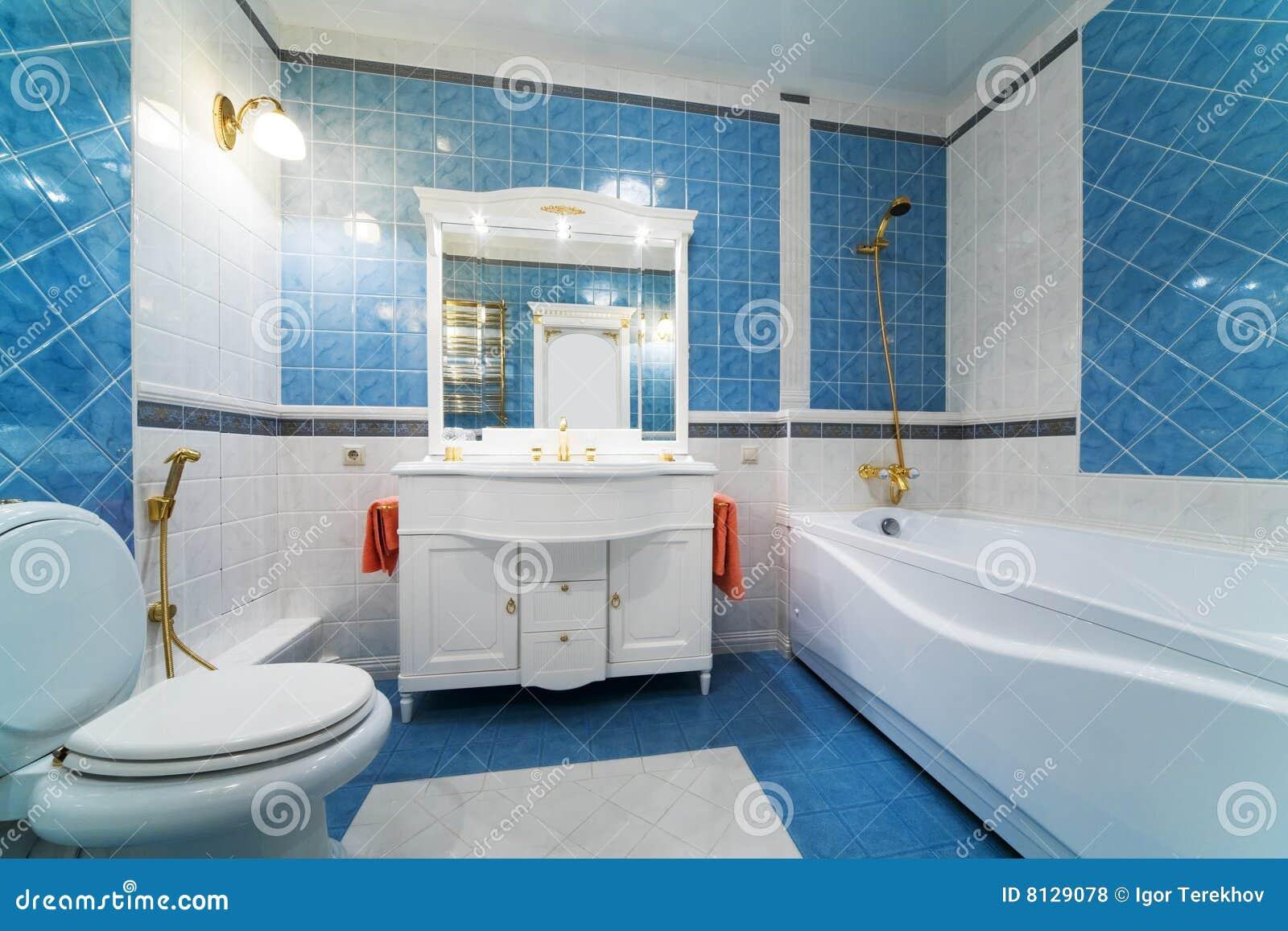 Azzurro della stanza da bagno fotografia stock immagine di