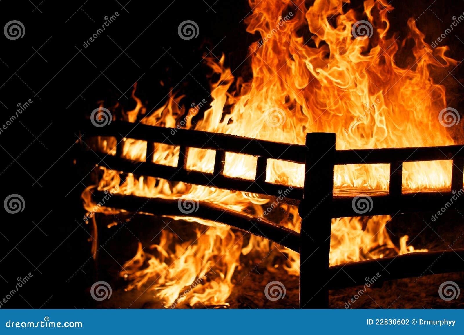 b ti br lant photo stock image du effrayant meubles. Black Bedroom Furniture Sets. Home Design Ideas