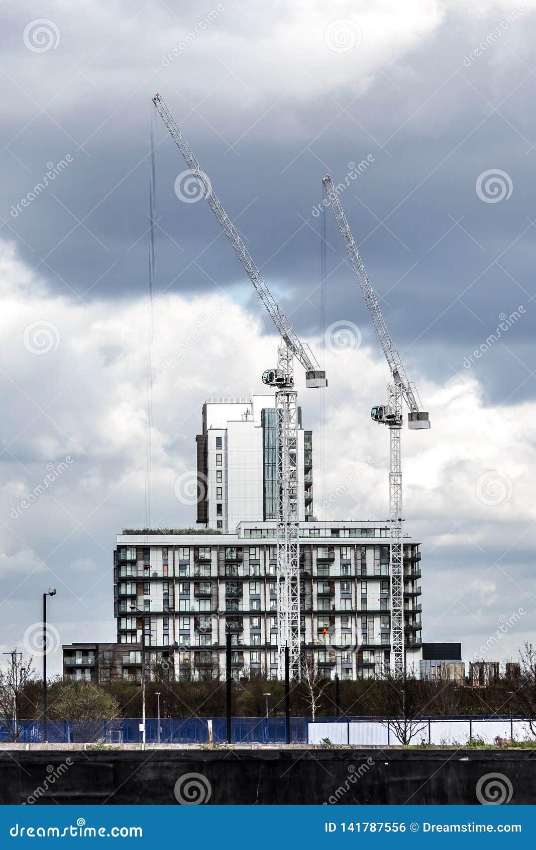 Bâtiment de Londres avec la construction