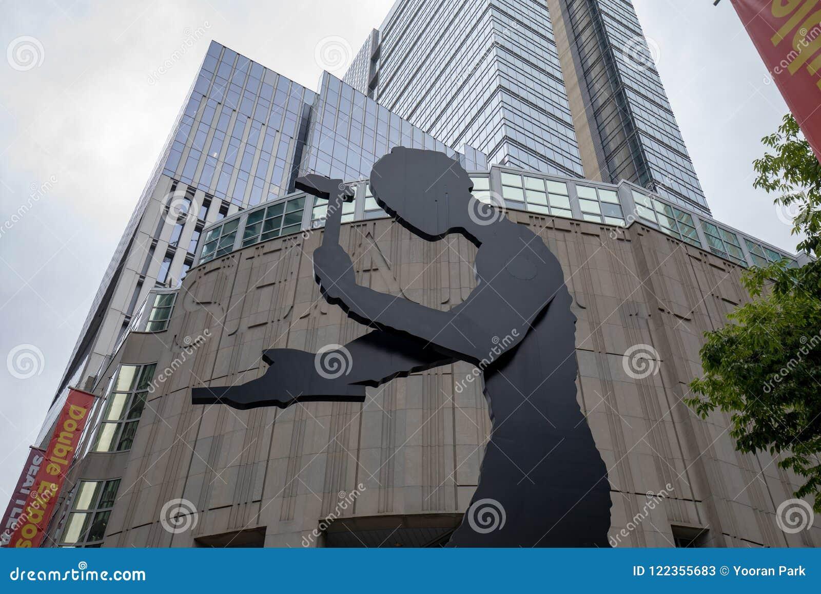 Bâtiment de Seattle Art Museum à Seattle, WA C est le bâtiment principal de musée situé sur la première rue à Seattle du centre