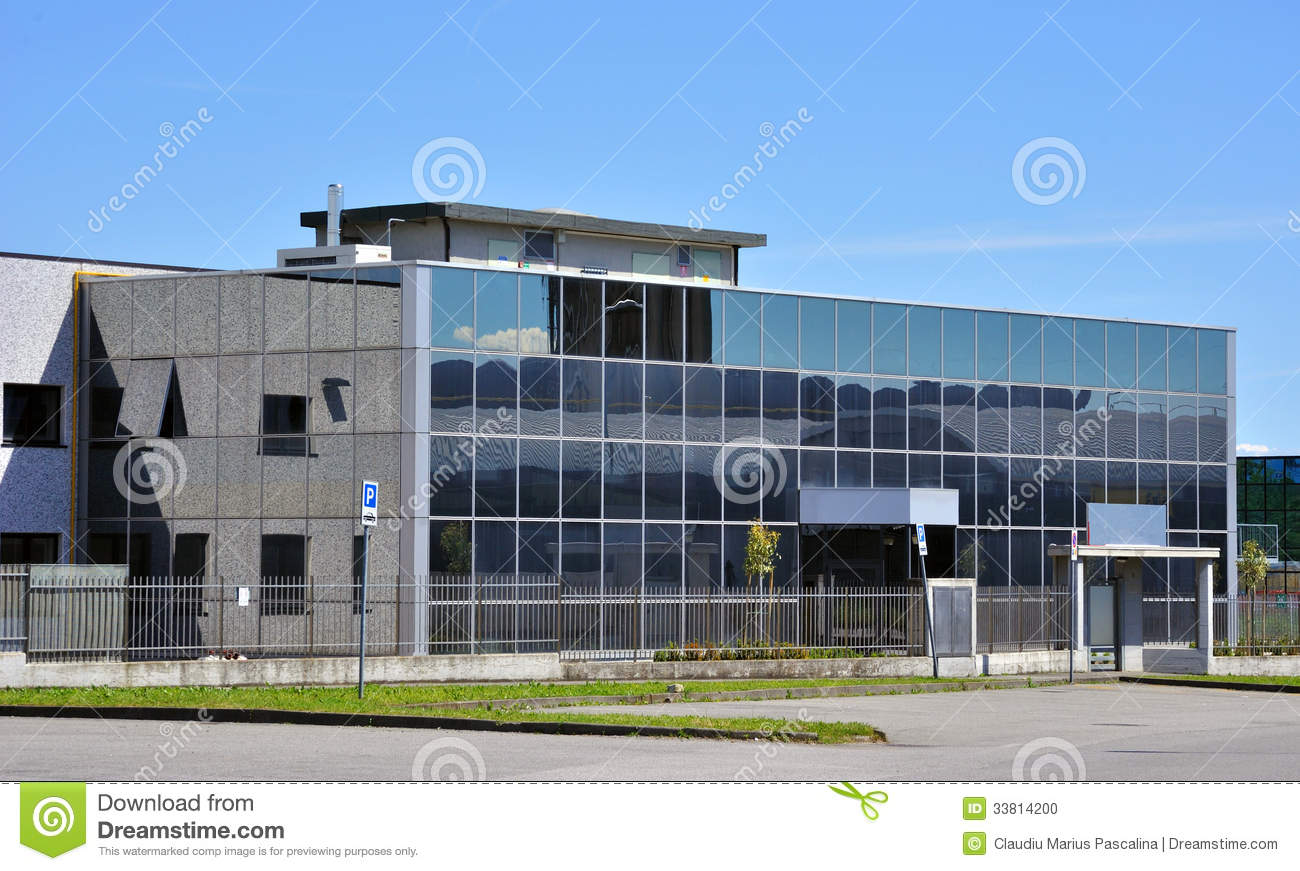 B timent moderne avec l 39 architecture en verre photo stock for Architecture en verre