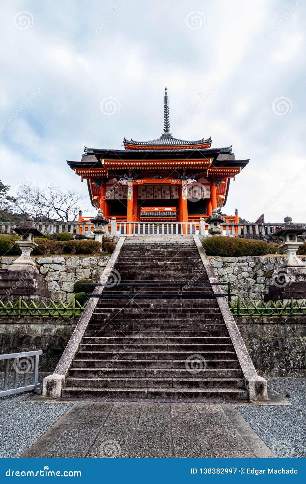 Bâtiment occidental de porte de temple