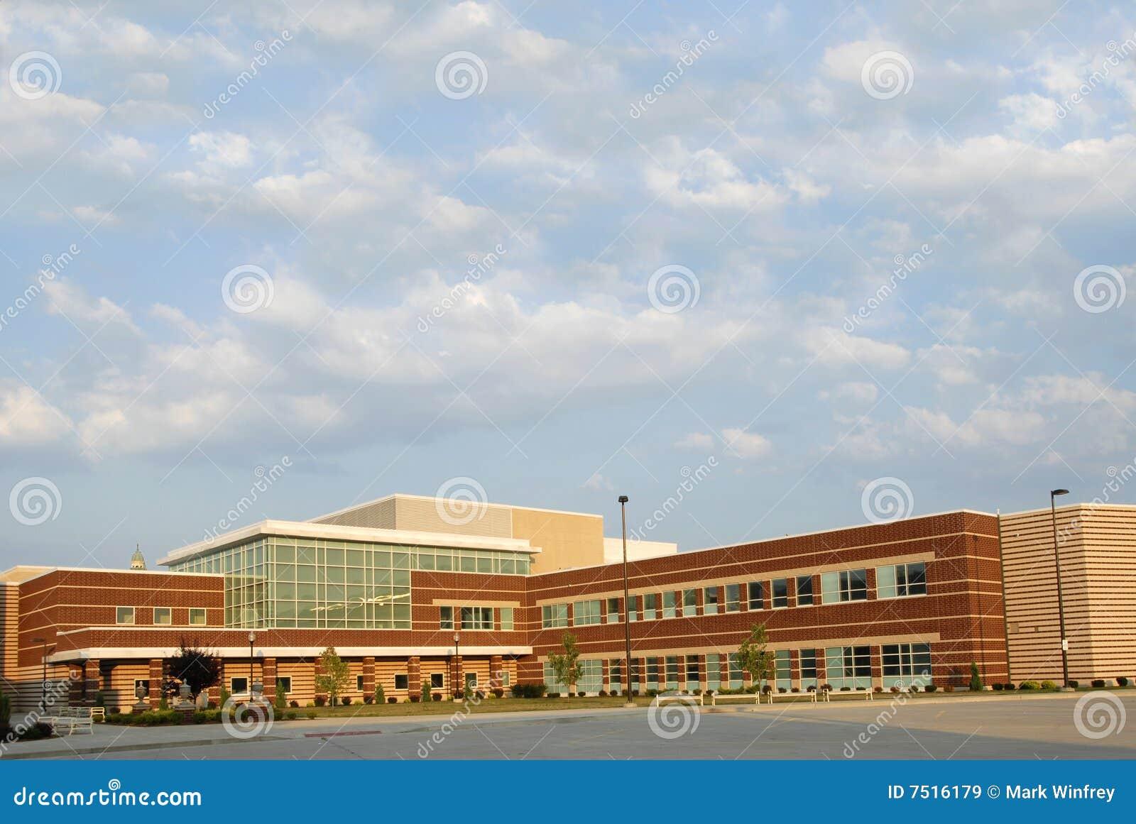 Bâtiment scolaire neuf