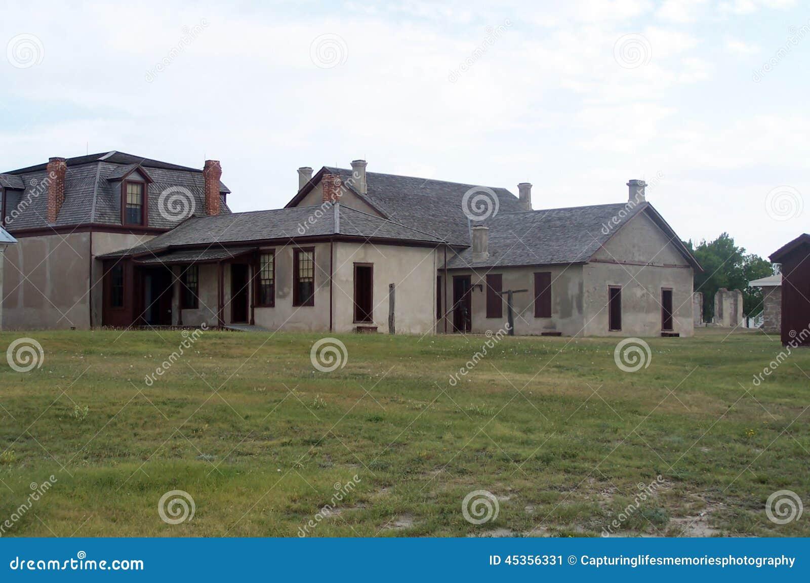 Bâtiments coloniaux de style de Laramie de fort