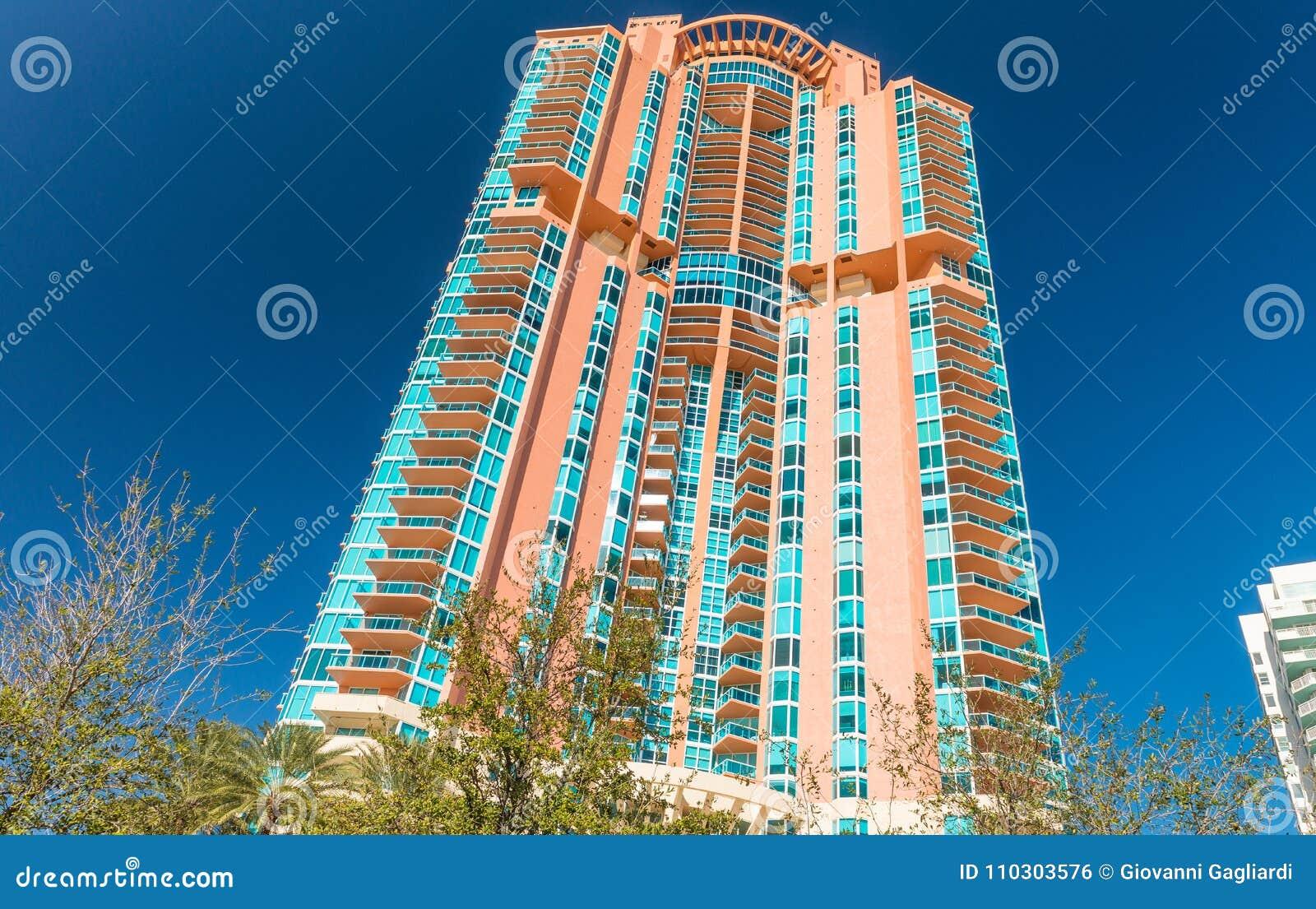 Bâtiments de Miami Beach un beau jour