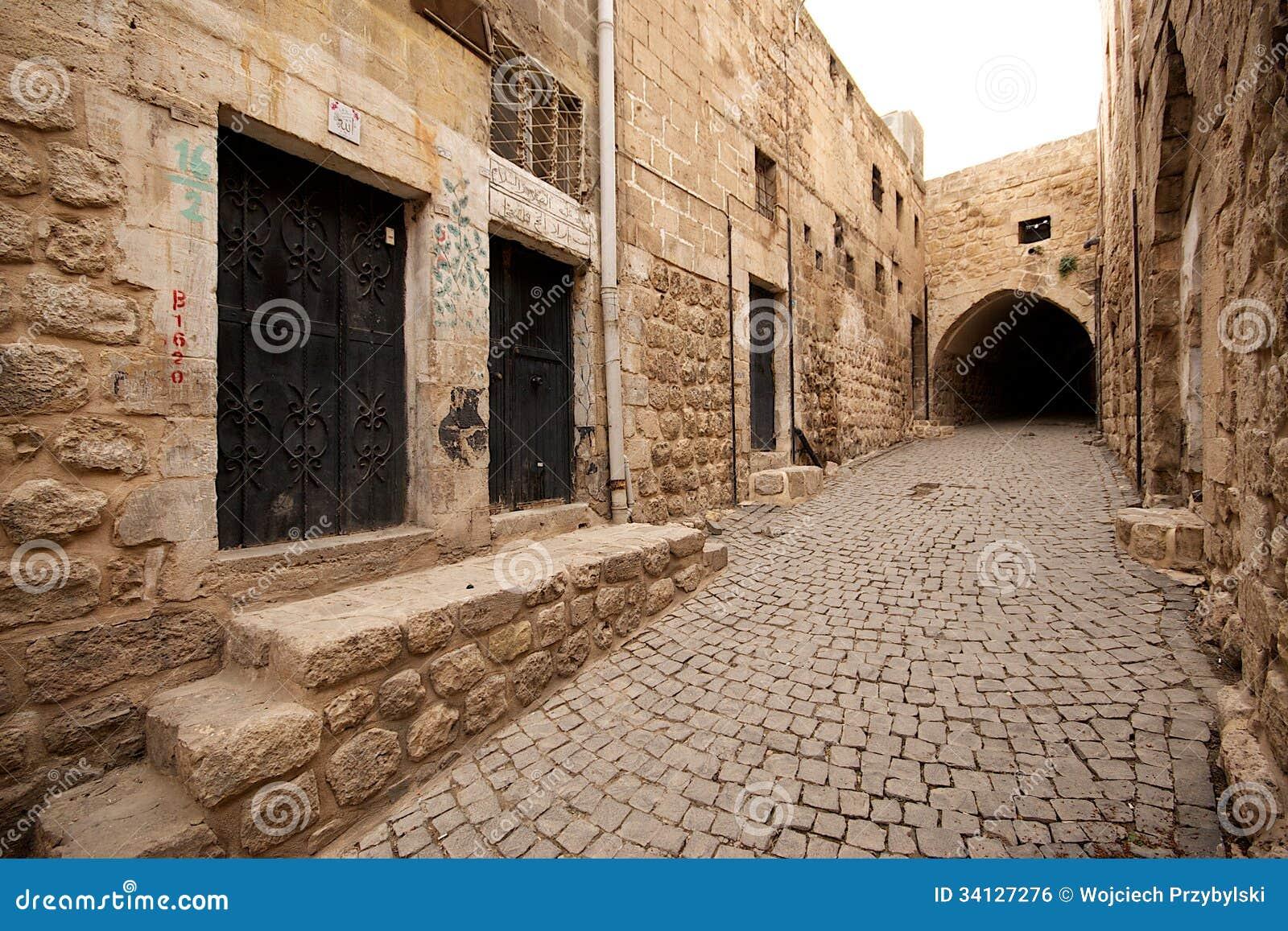 b timents en pierre de vieille ville de mardin en turquie. Black Bedroom Furniture Sets. Home Design Ideas