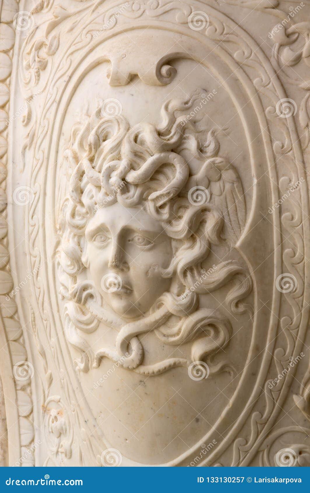 Bâtiments historiques et monuments de Séville, Espagne Mains statue marbre