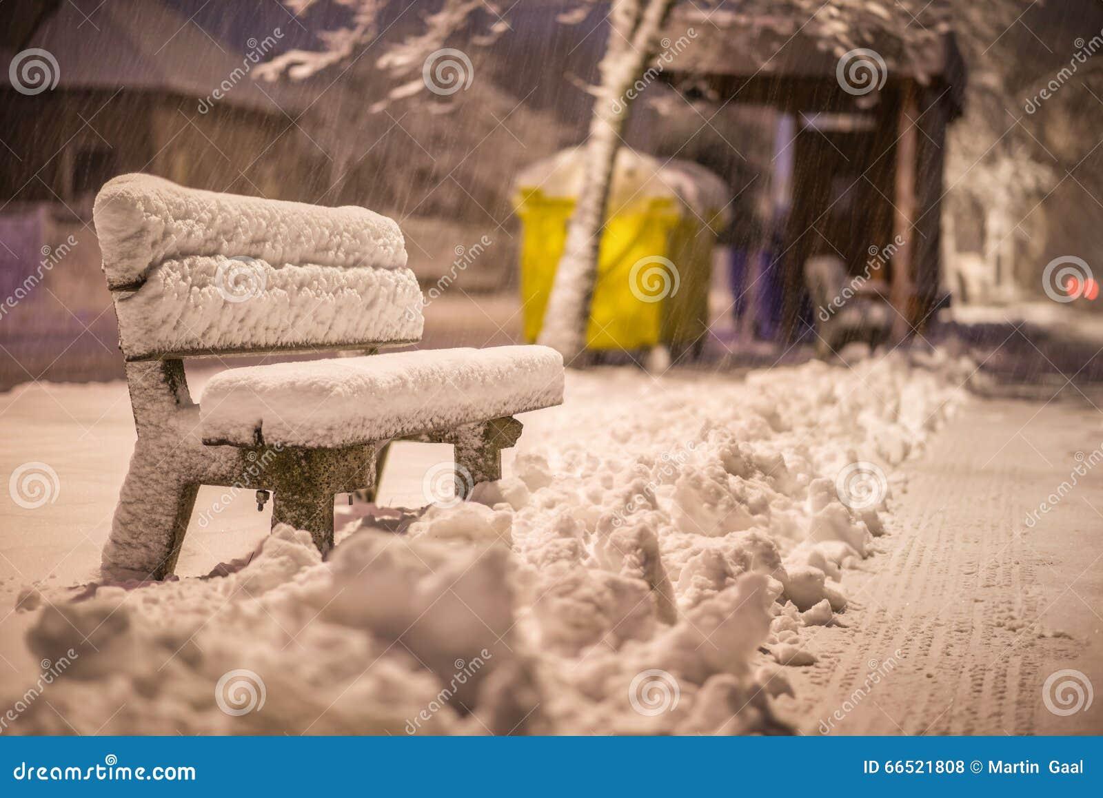 Trafikkaos i vasteuropa efter snoovader