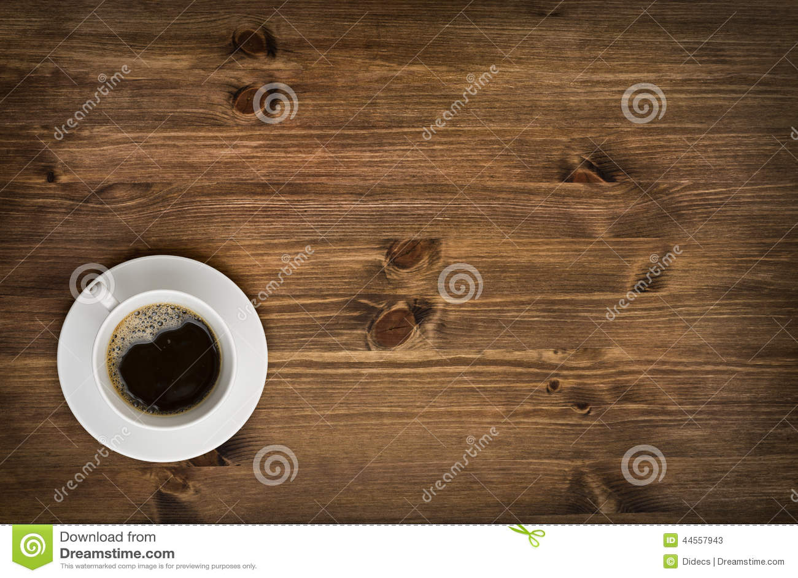Bästa sikt för kaffekopp på trätabellbakgrund