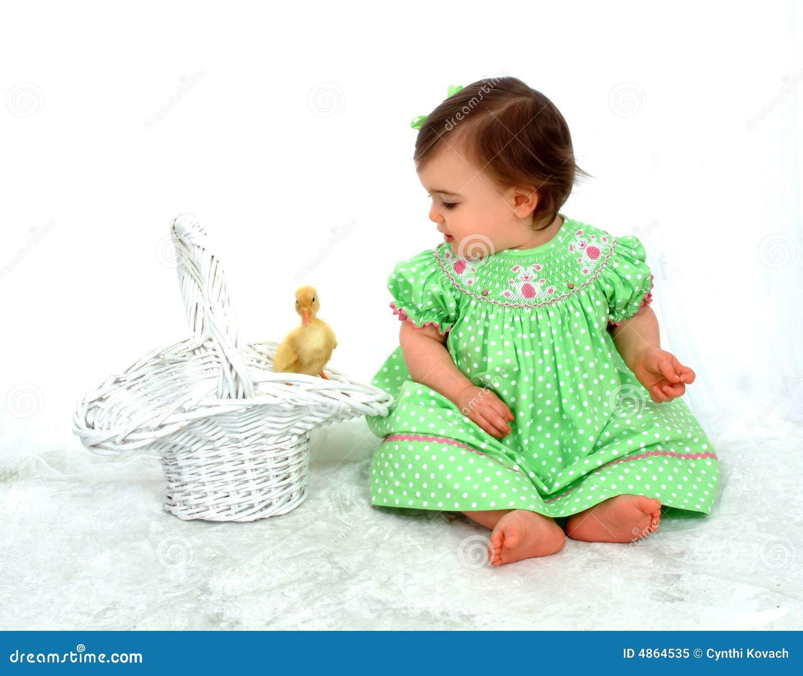 Bébé et canard