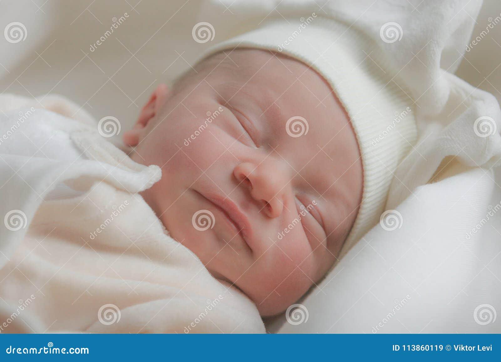 Bébé mignon de sommeil
