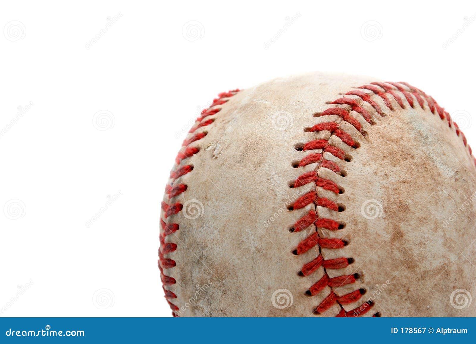 Béisbol cercano para arriba sobre blanco