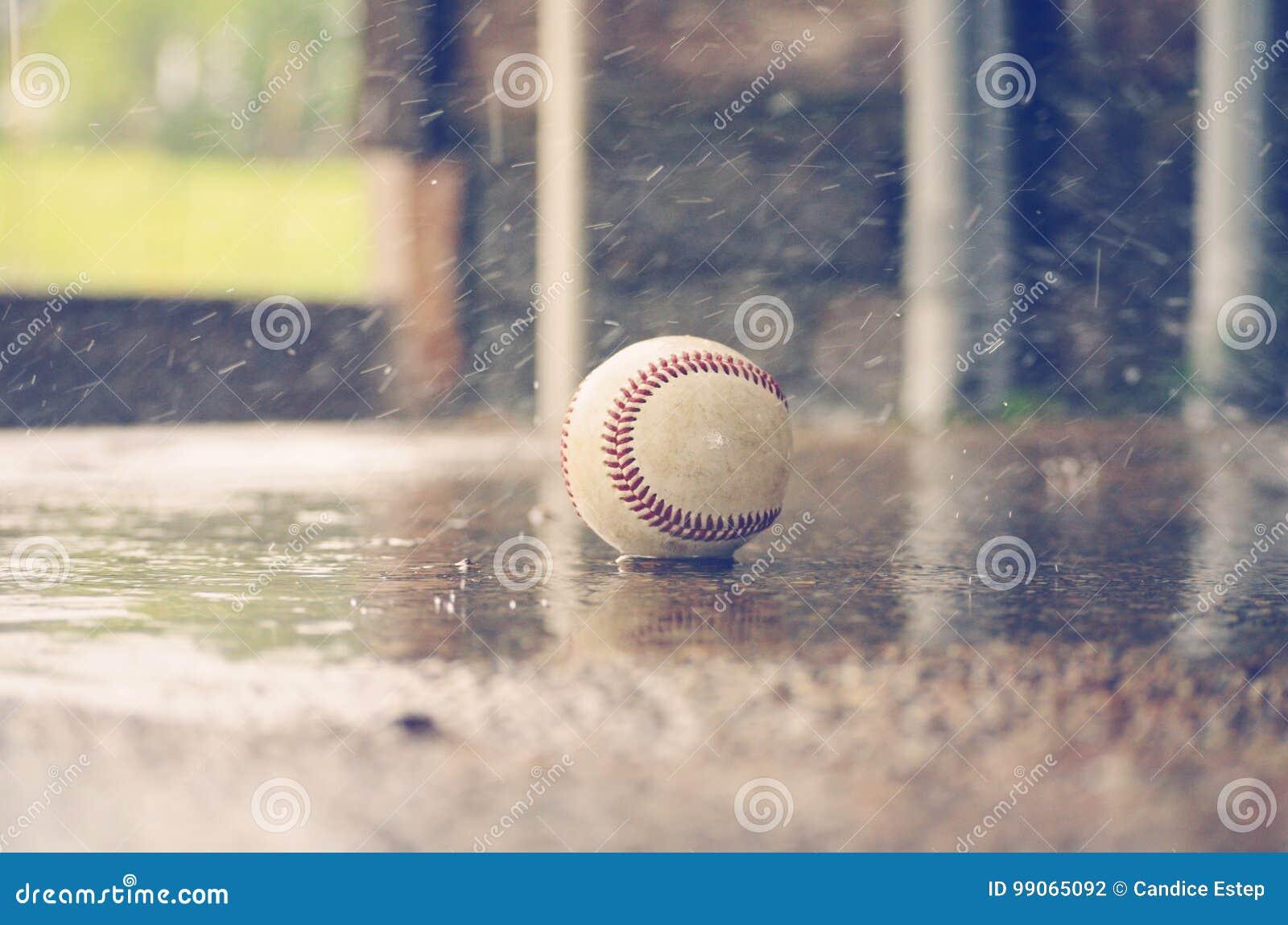 Béisbol en la lluvia
