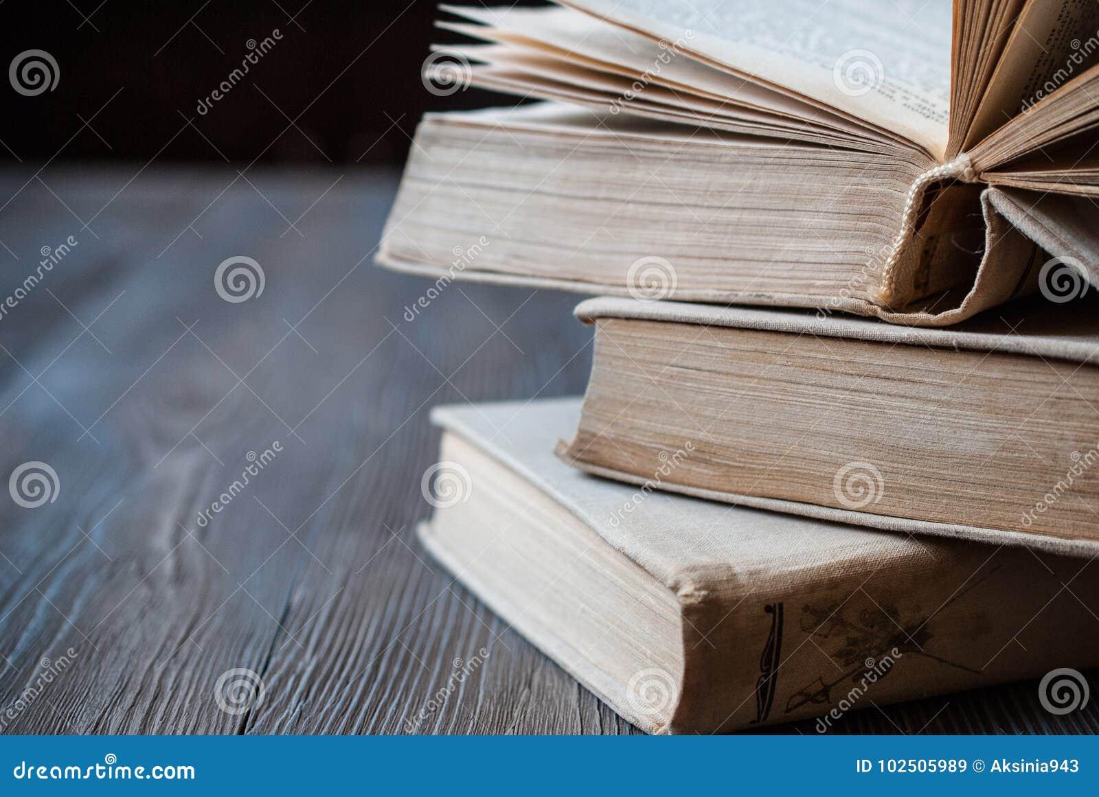 Bücher für das Ablesen, pädagogische Literatur