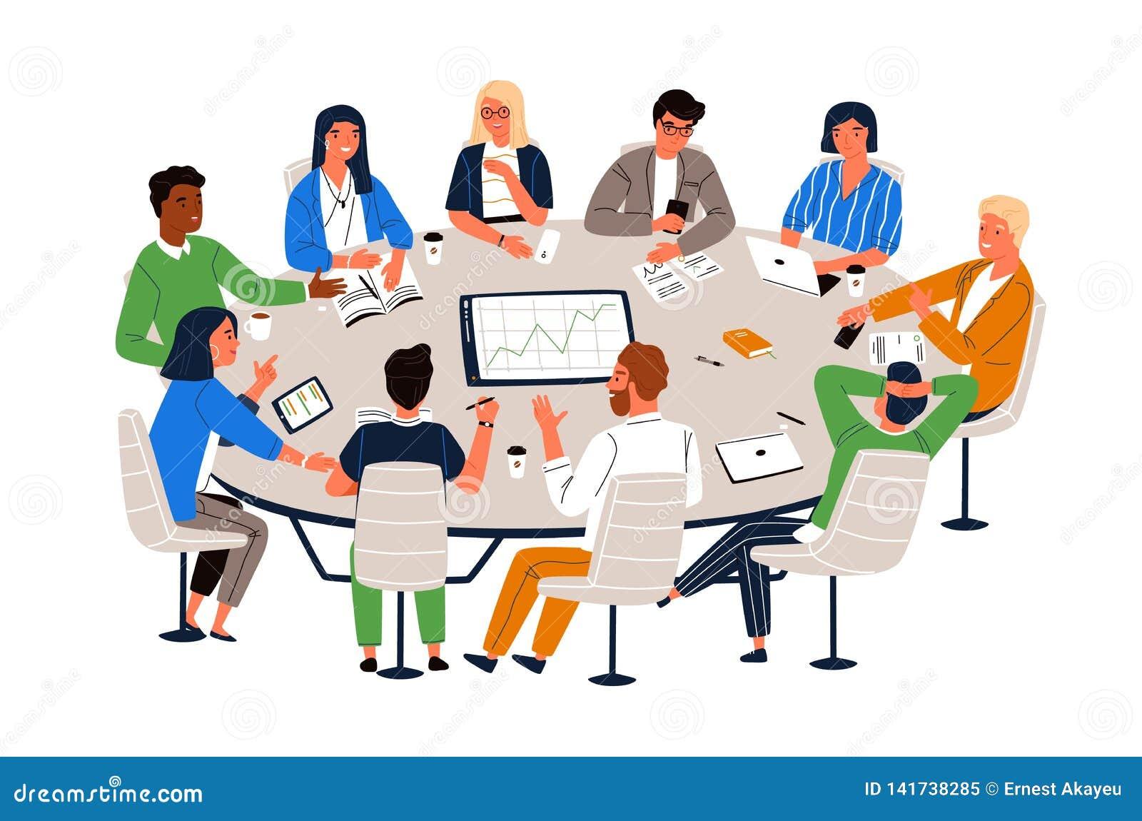 Büroangestellte, die am Rundtisch sitzen und die Ideen, Informationen austauschend besprechen Arbeitssitzung, Geschäftsverhandlun