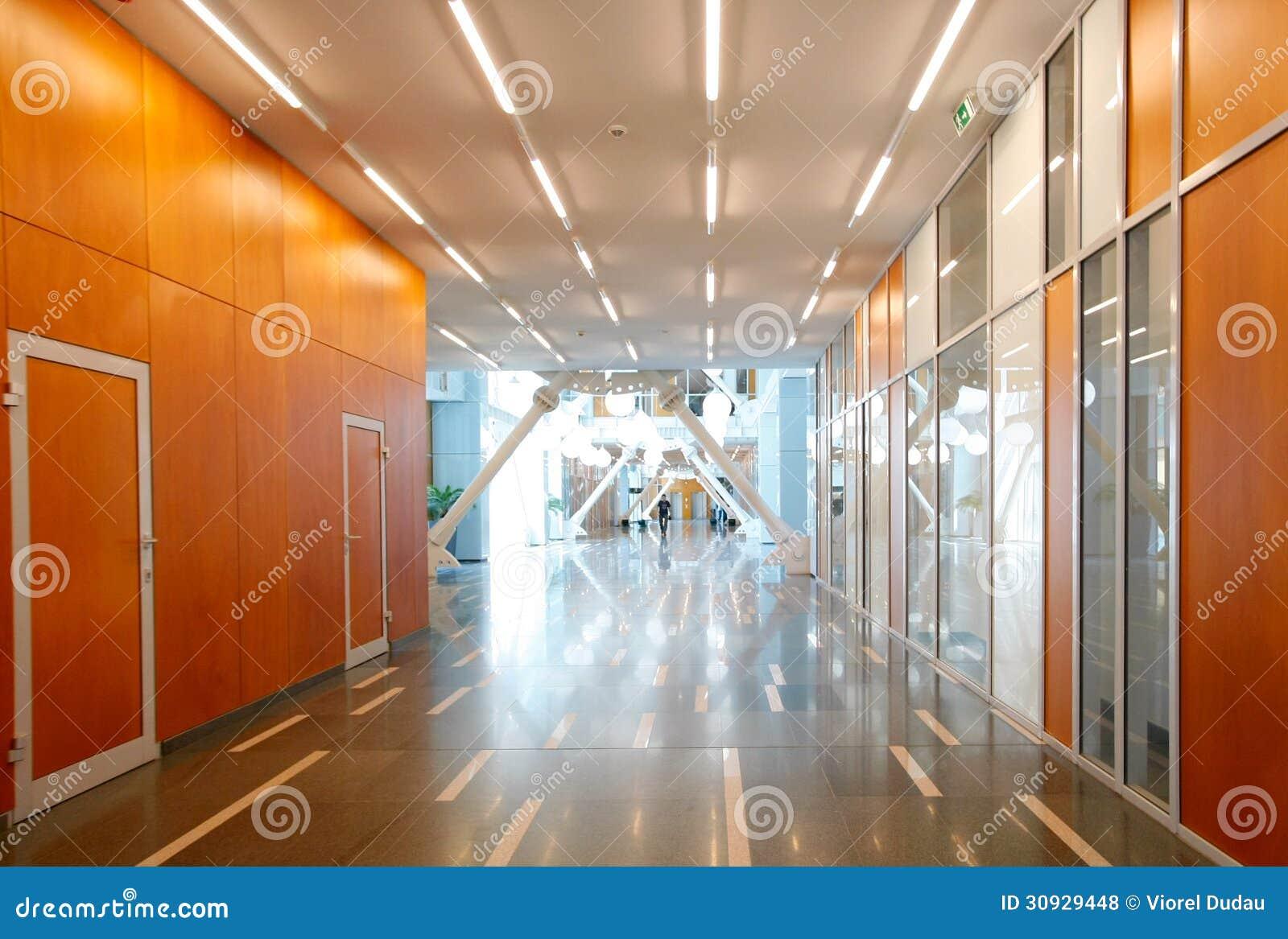 Bürogebäudeinnenraum