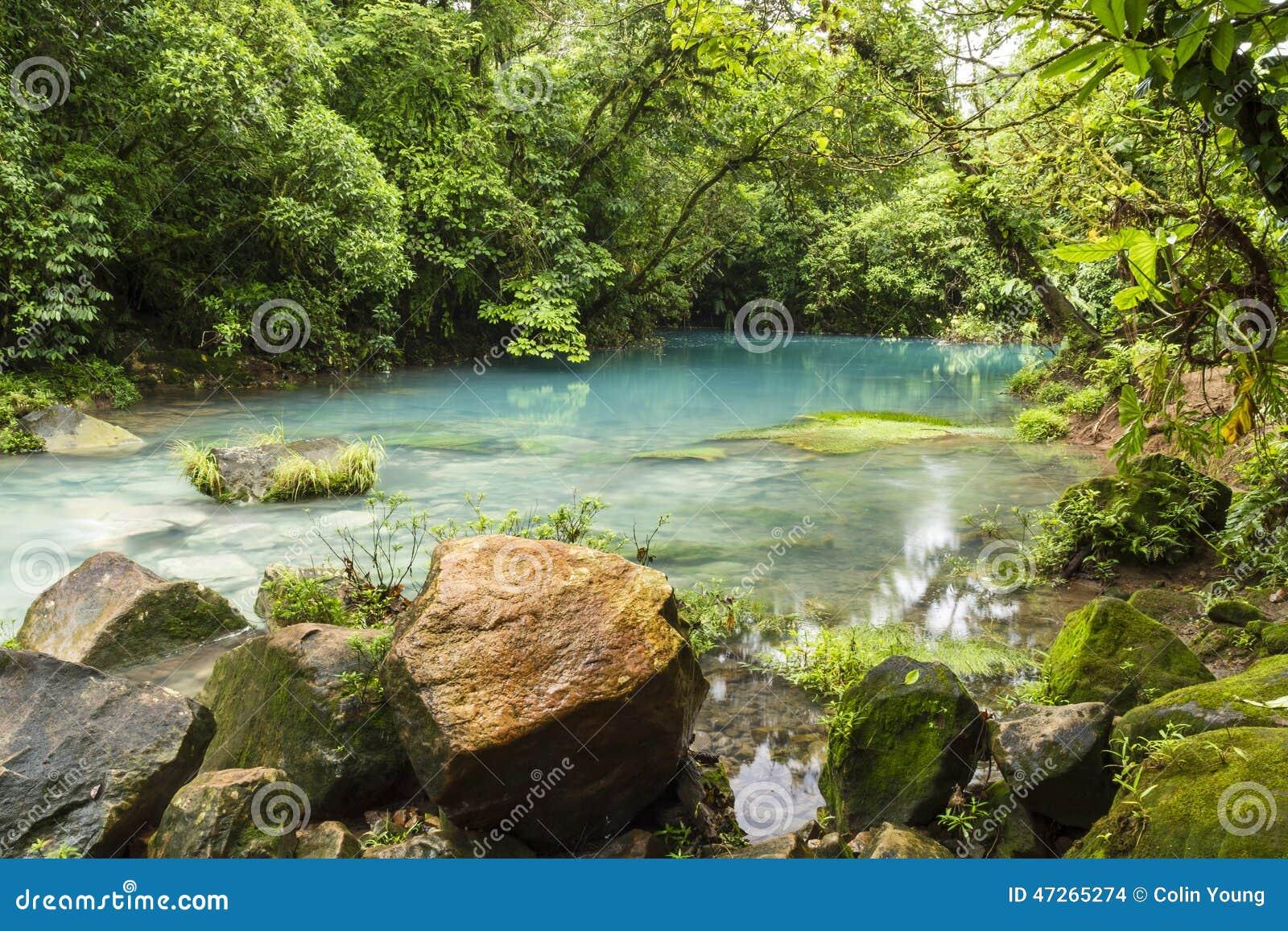 Błękitna laguna na Rio Celeste