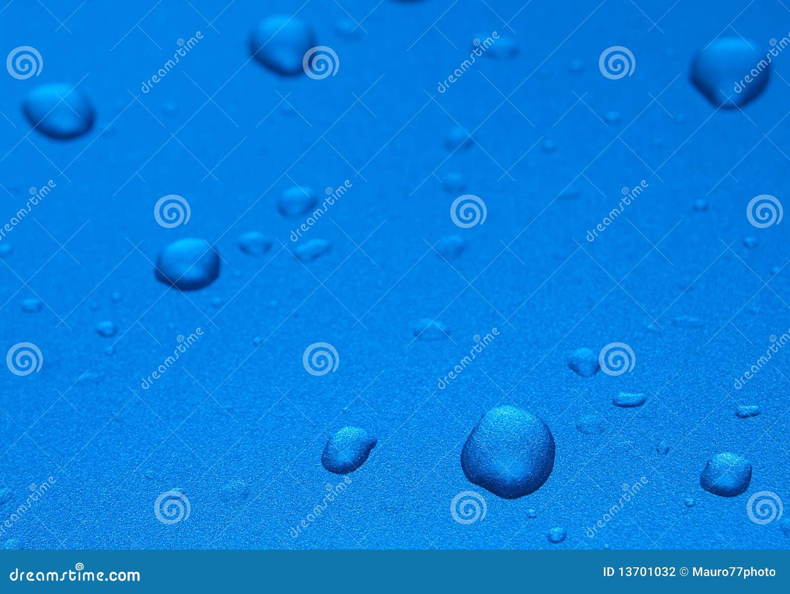 Błękitny krople