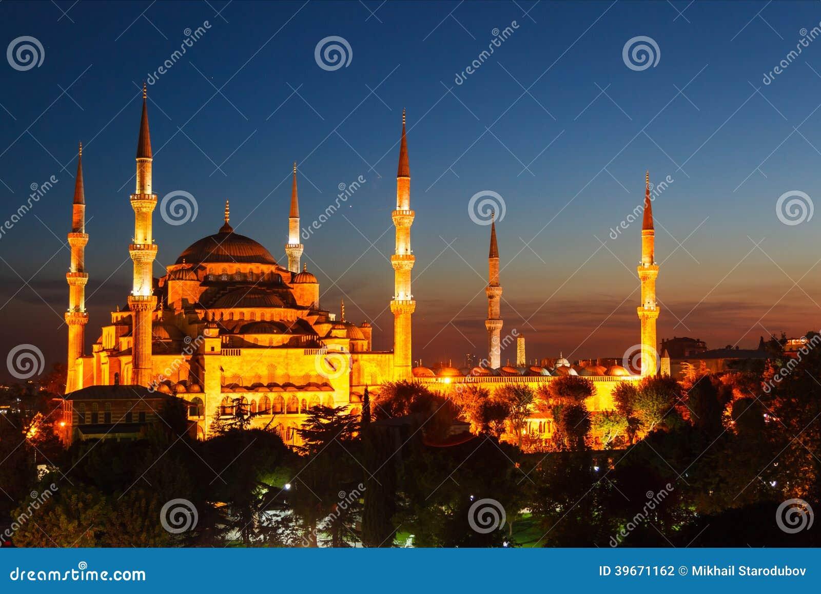 Błękitny meczet w Istanbuł, z zmierzchem