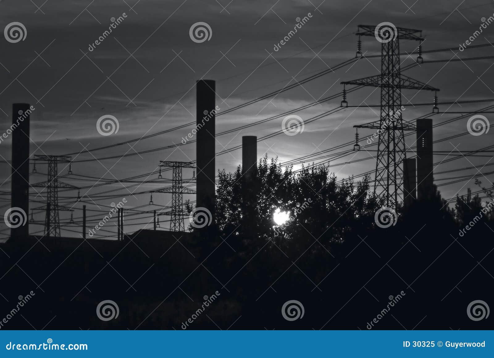 B&W industrieller Himmel