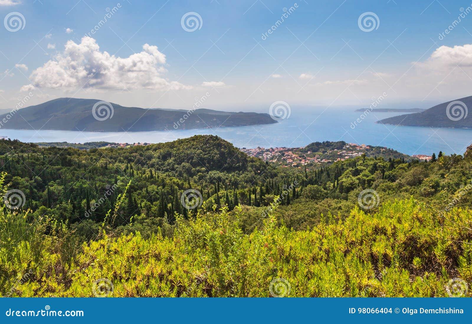 Baía de Kotor das alturas