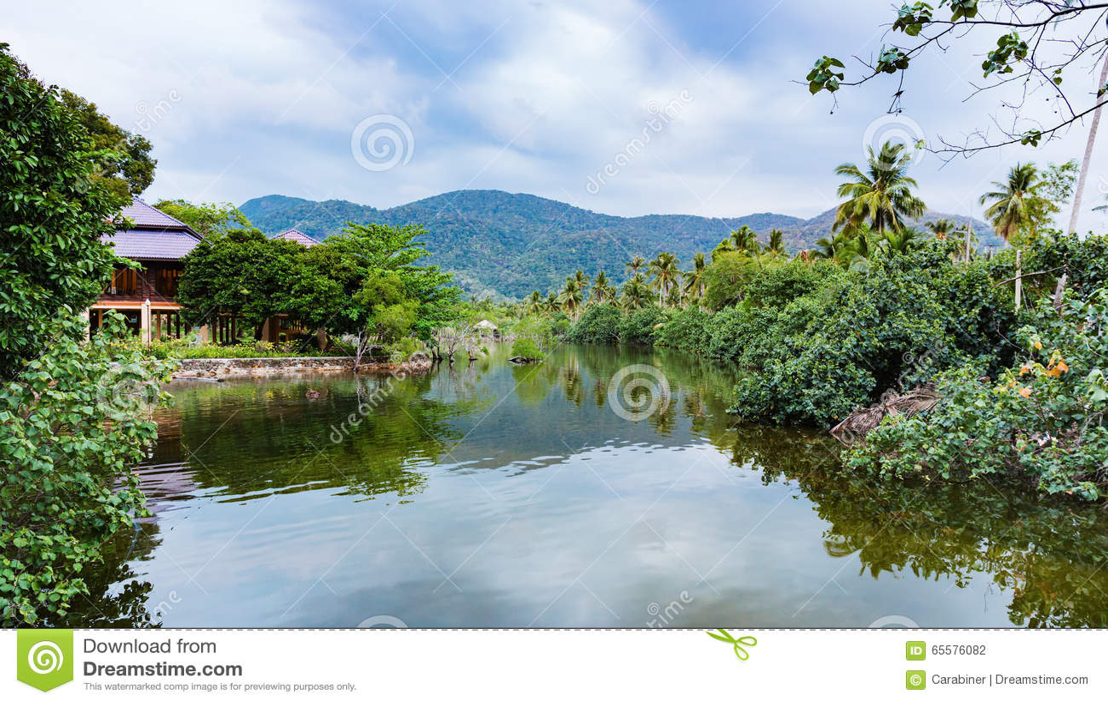 Baía em uma ilha tropical