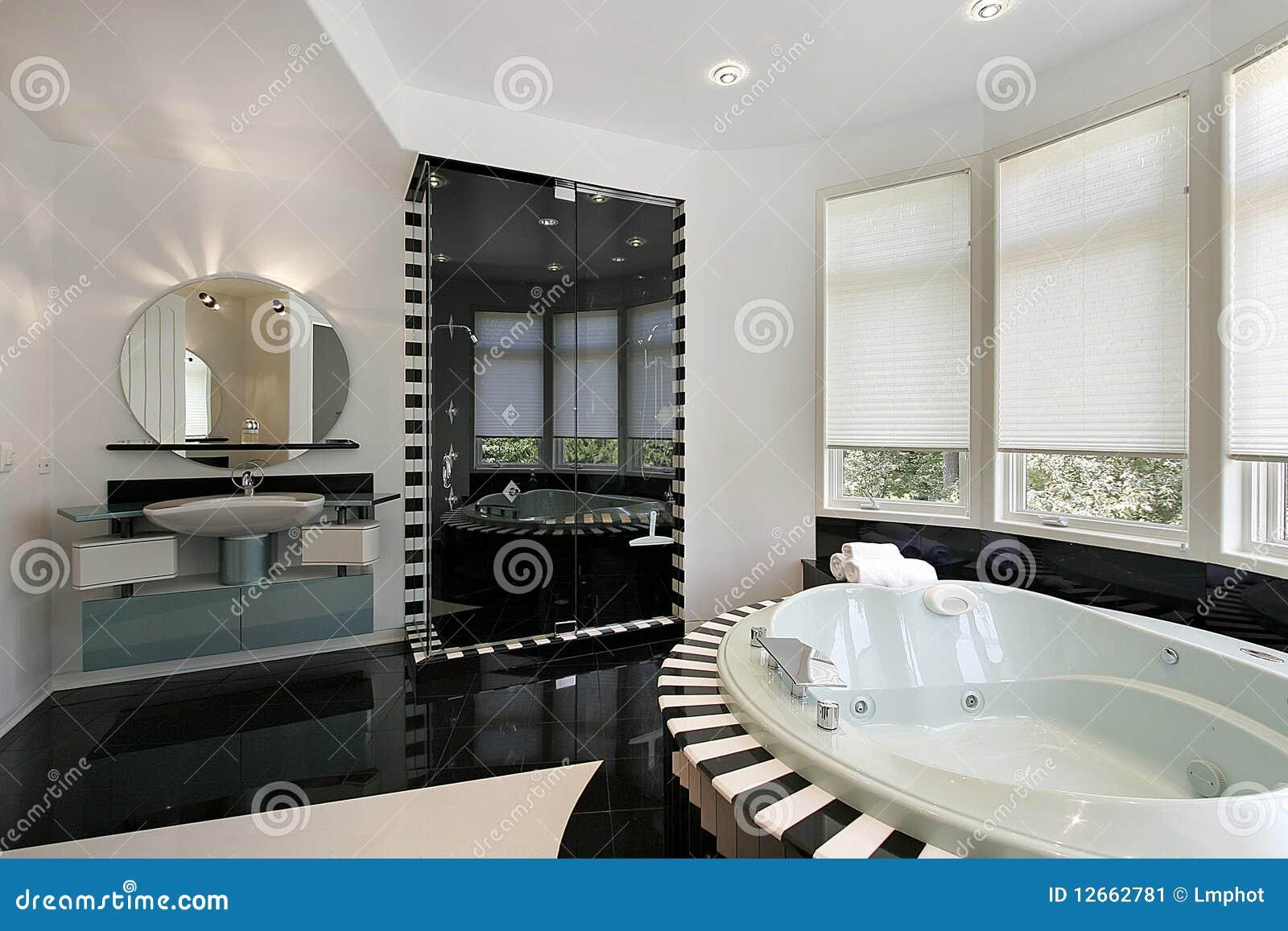 Baños Con Ducha Negra:Baño Principal Ultra Moderno Imagen de archivo – Imagen: 12662781