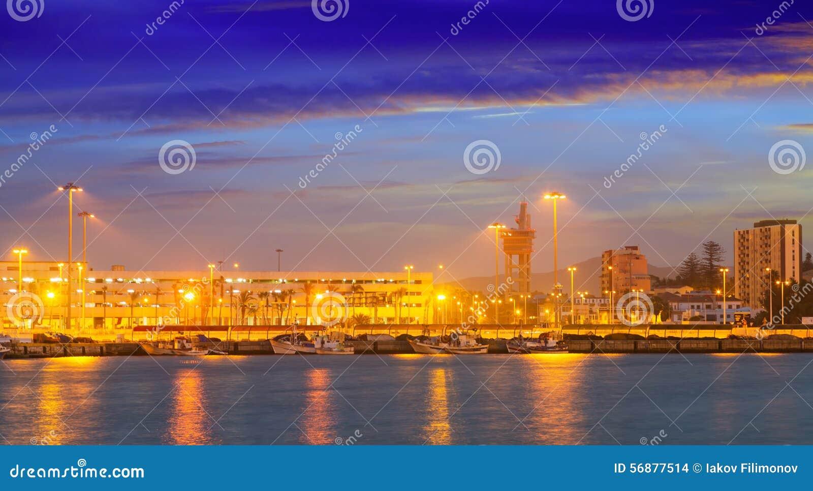 Babordo di Algesiras nella sera