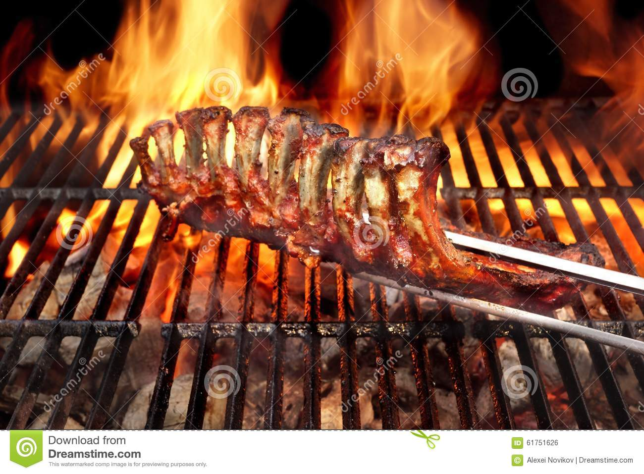 Grille Spareribs På Gasgrill : Picture of spareribs on grill with hot marinade