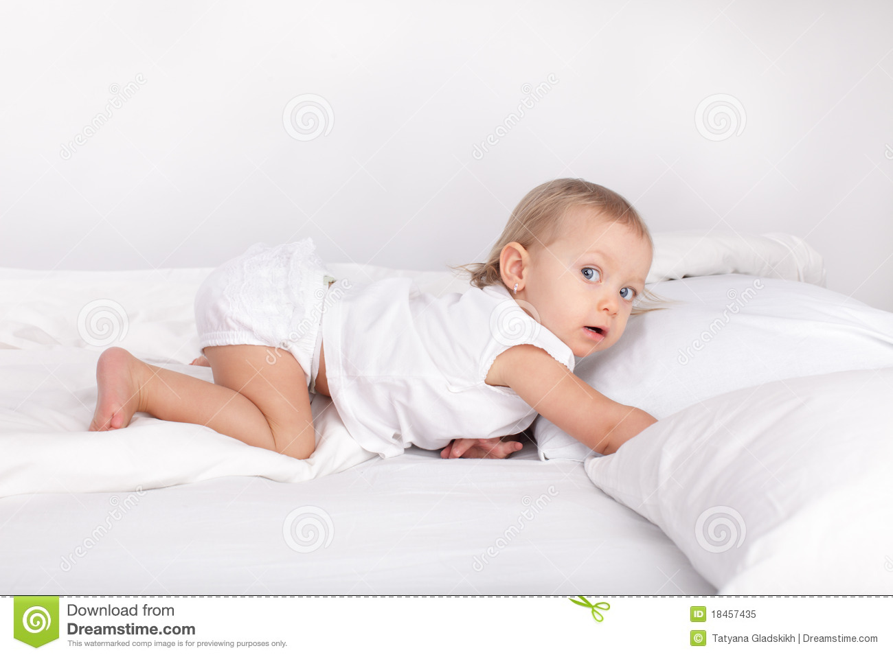 Superieur Download Baby In Bed Stock Image. Image Of Little, Face, Beautiful    18457435