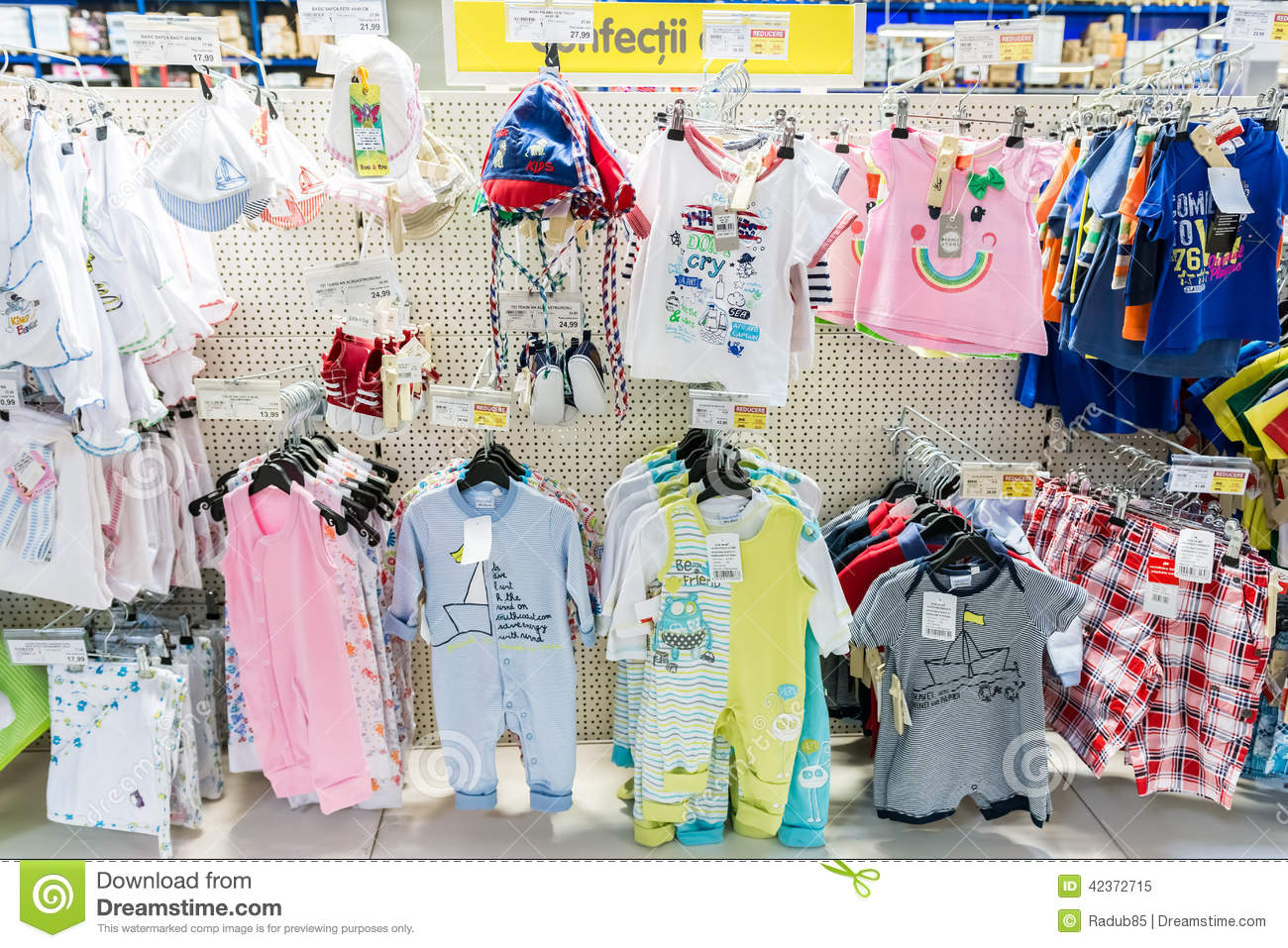How to start a baby clothing store online