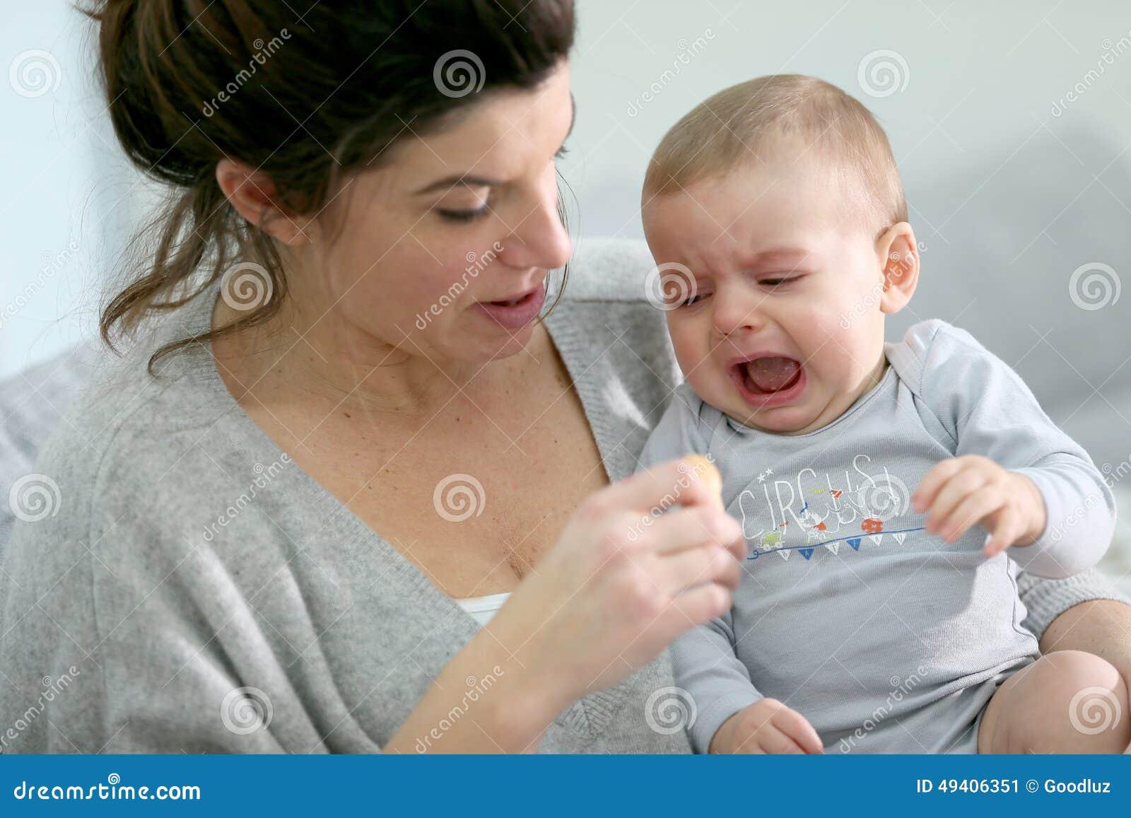 Download Baby, Das Für Lebensmittel Schreit Stockbild - Bild von für, führen: 49406351