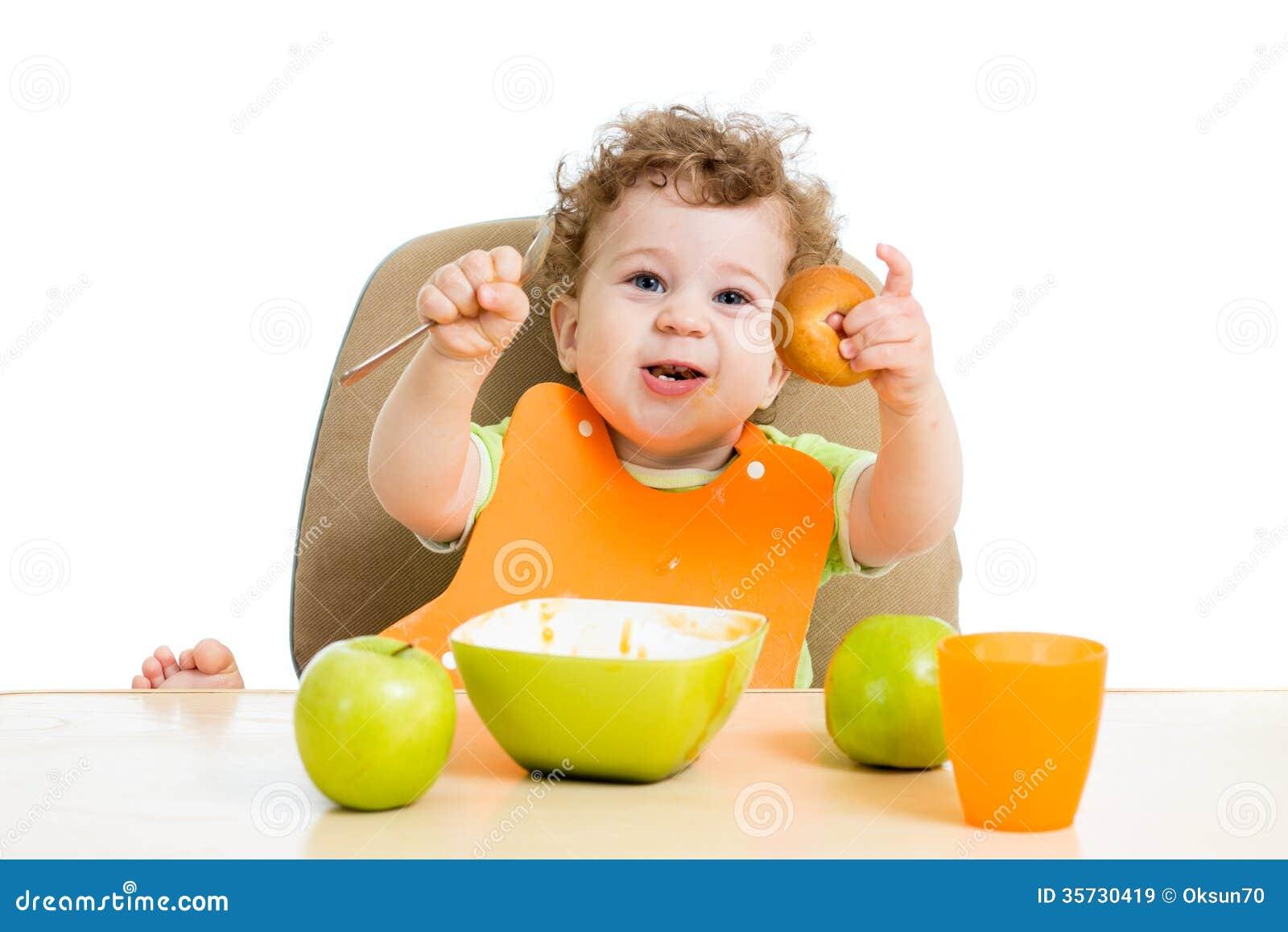 Baby die zelf eten